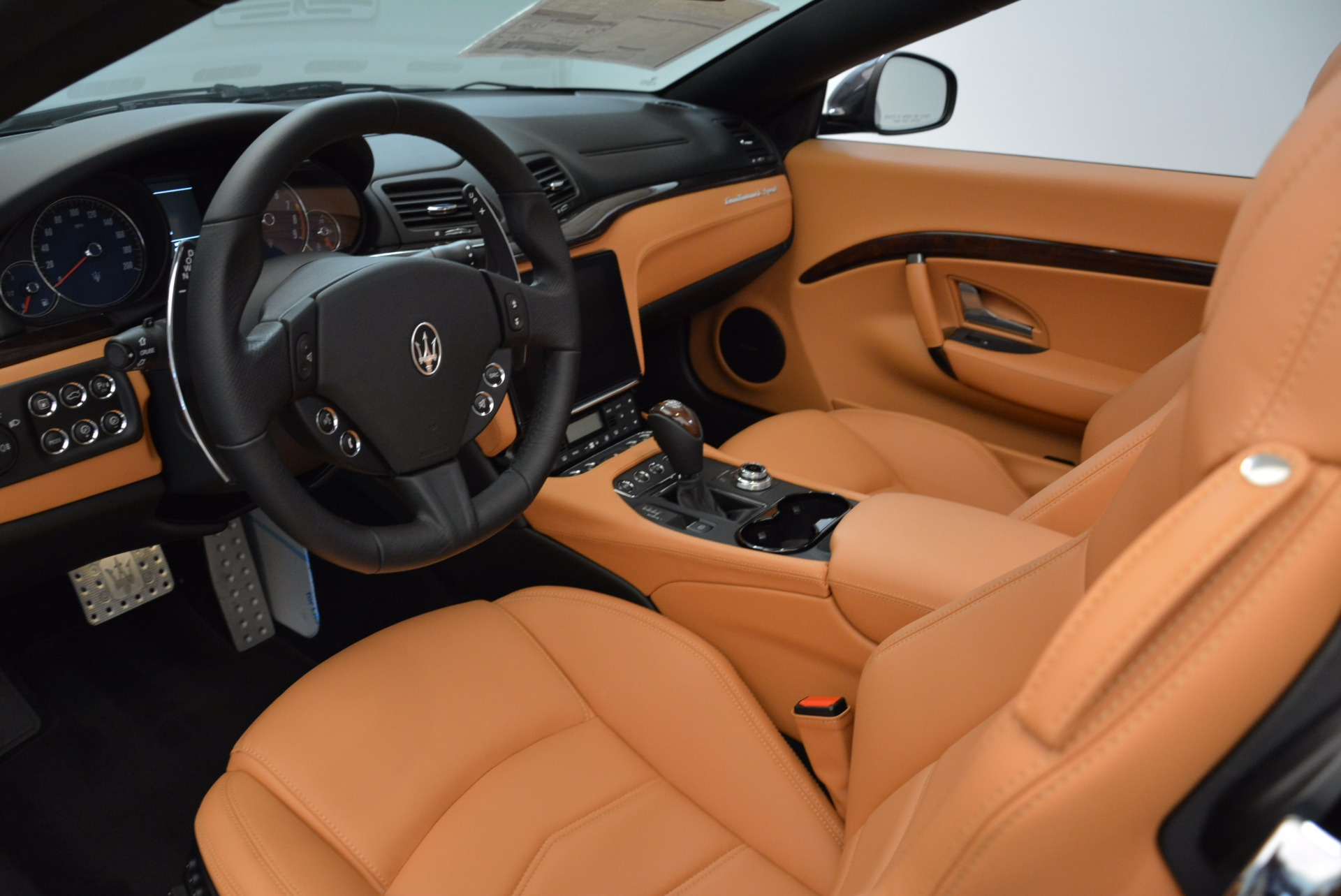 New 2018 Maserati GranTurismo Sport Convertible For Sale In Greenwich, CT. Alfa Romeo of Greenwich, W540 1869_p26