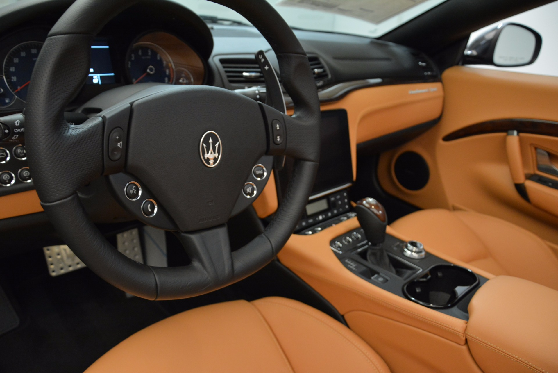 New 2018 Maserati GranTurismo Sport Convertible For Sale In Greenwich, CT. Alfa Romeo of Greenwich, W540 1869_p28