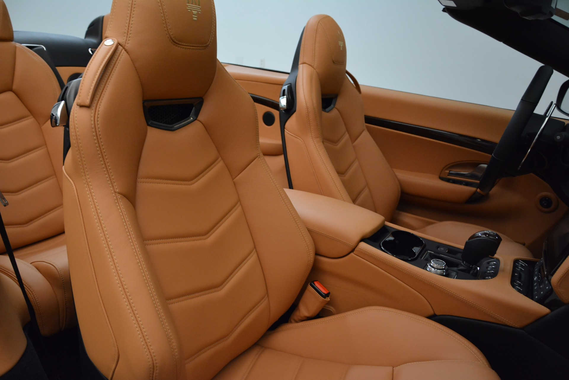 New 2018 Maserati GranTurismo Sport Convertible For Sale In Greenwich, CT. Alfa Romeo of Greenwich, W540 1869_p34