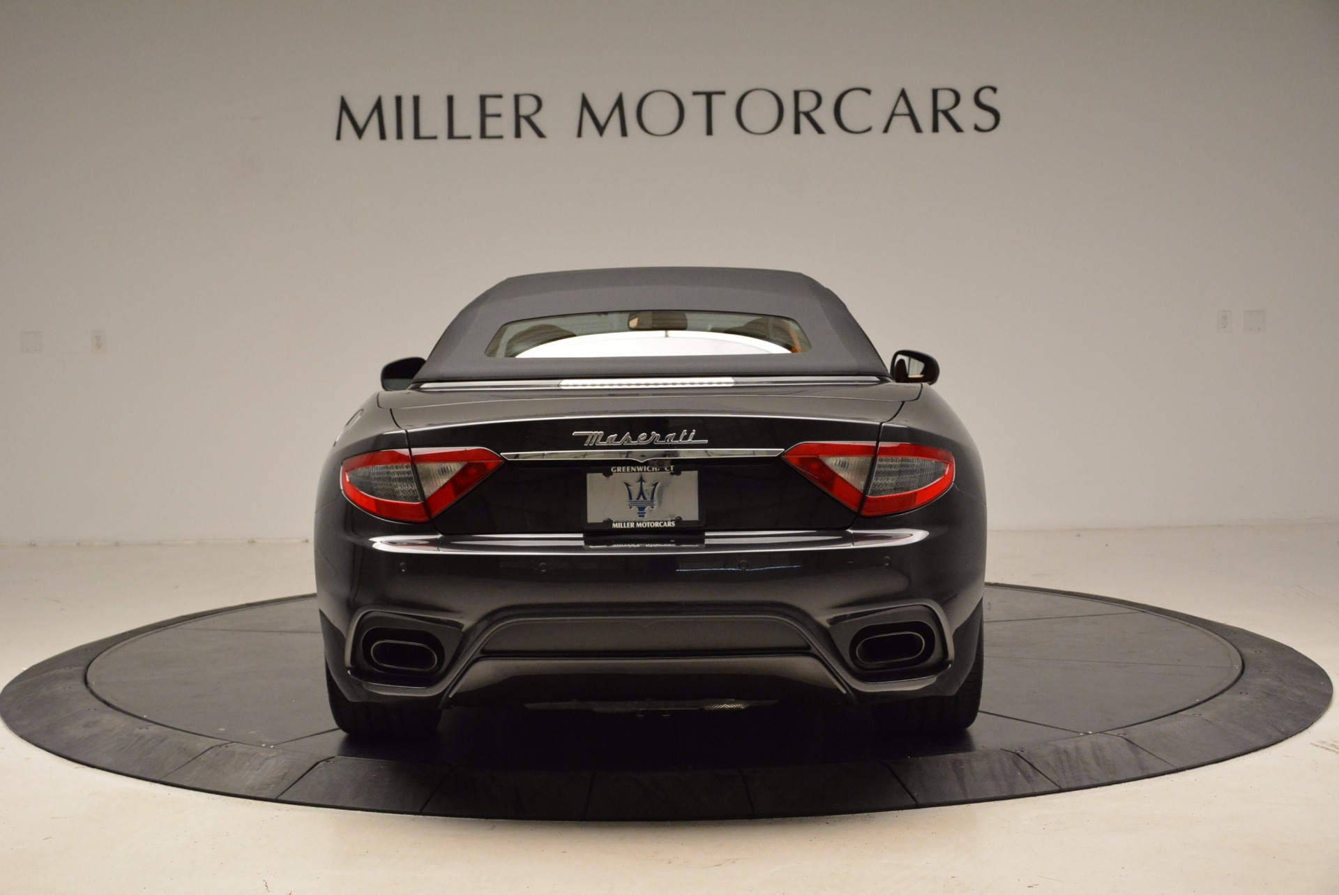 New 2018 Maserati GranTurismo Sport Convertible For Sale In Greenwich, CT. Alfa Romeo of Greenwich, W540 1869_p6