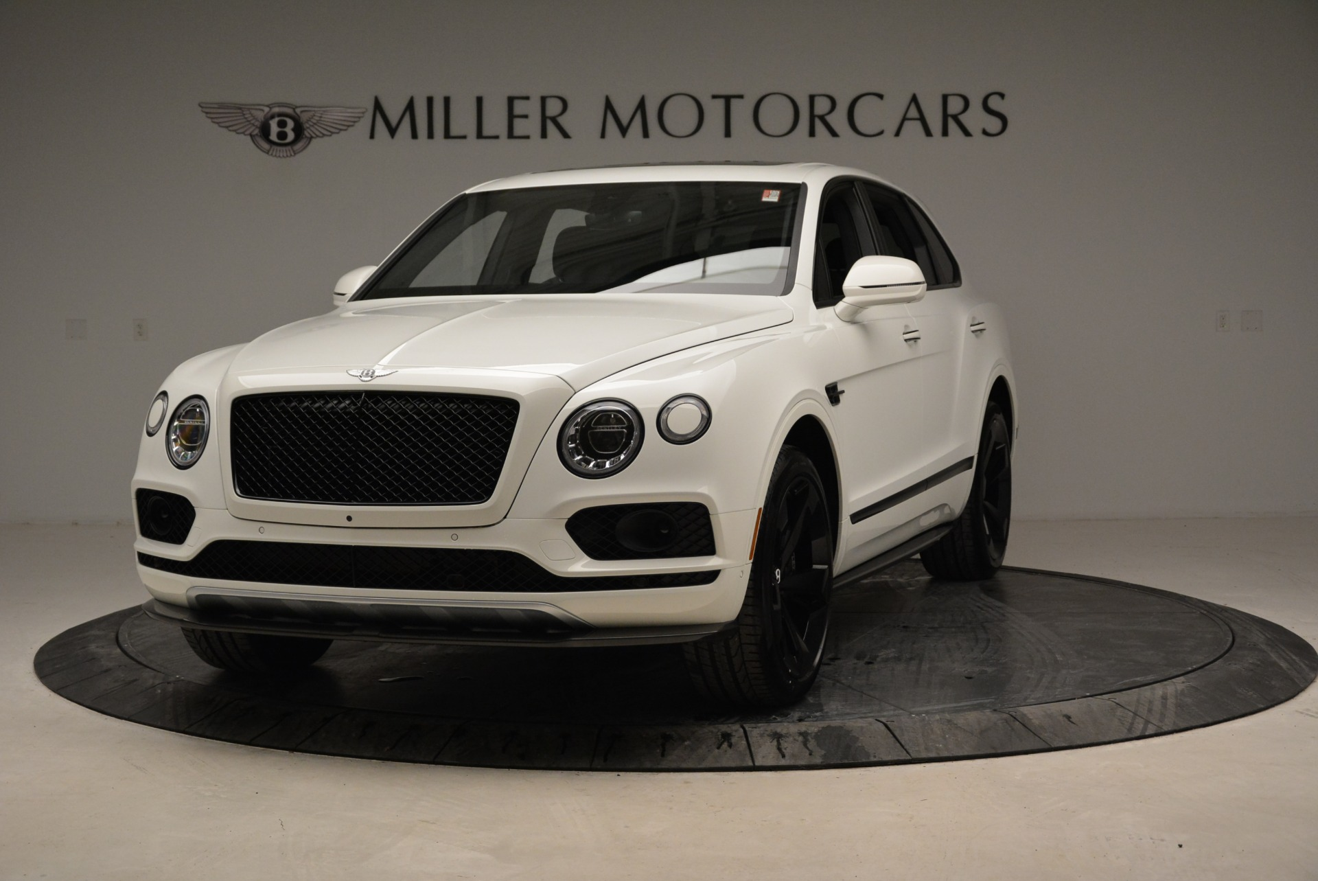 New 2018 Bentley Bentayga Black Edition For Sale In Greenwich, CT. Alfa Romeo of Greenwich, B1319 1874_main
