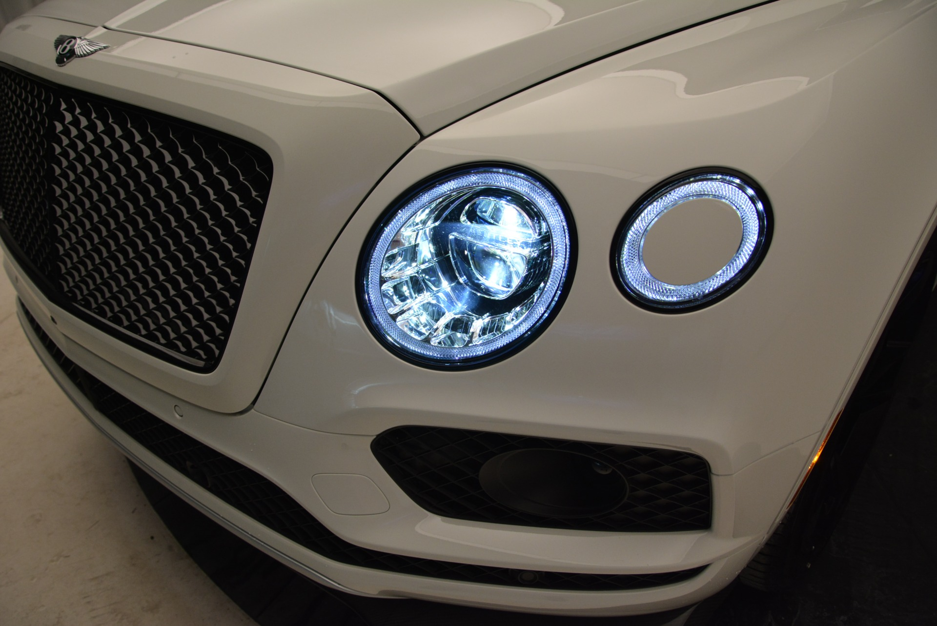New 2018 Bentley Bentayga Black Edition For Sale In Greenwich, CT. Alfa Romeo of Greenwich, B1319 1874_p16