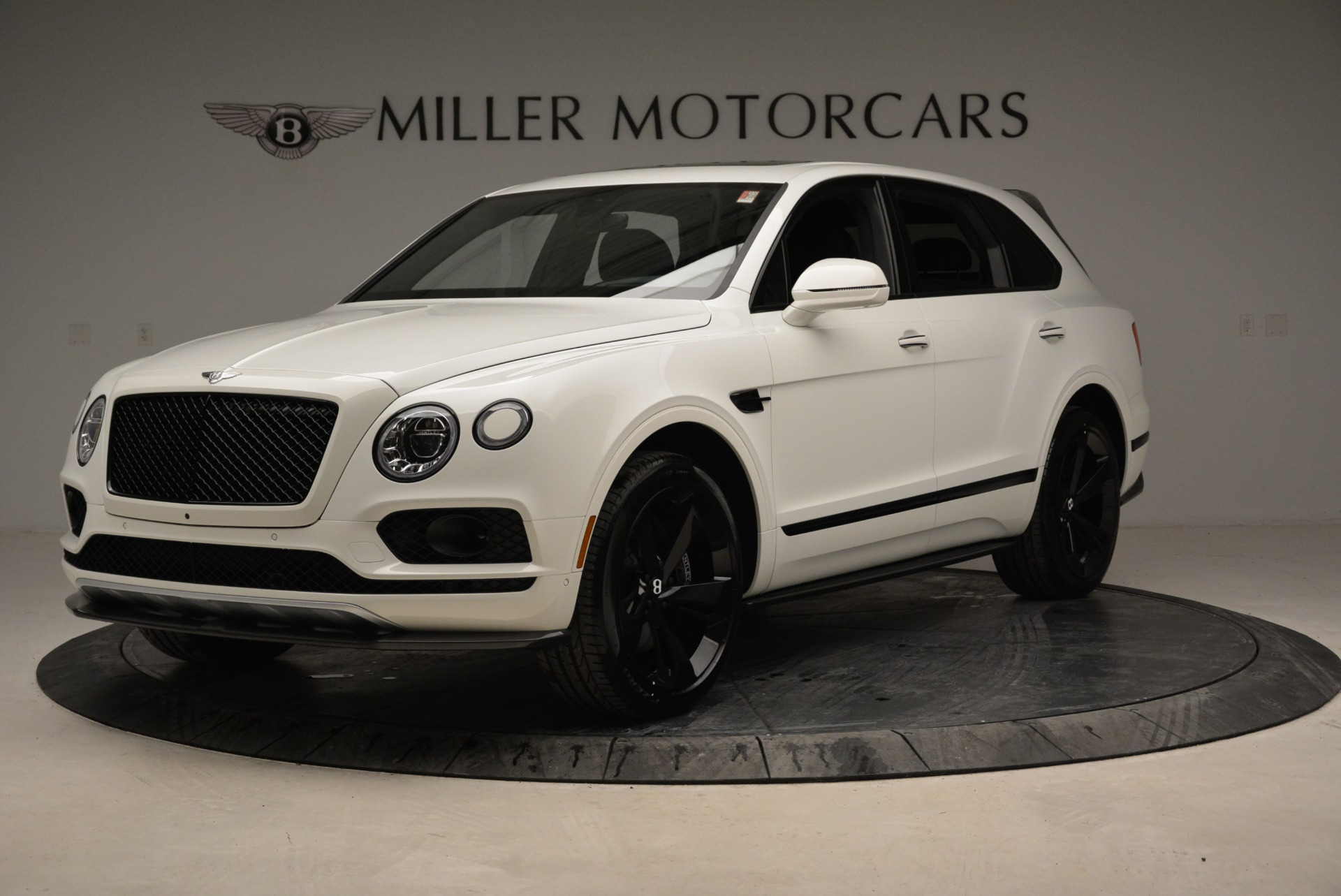 New 2018 Bentley Bentayga Black Edition For Sale In Greenwich, CT. Alfa Romeo of Greenwich, B1319 1874_p2