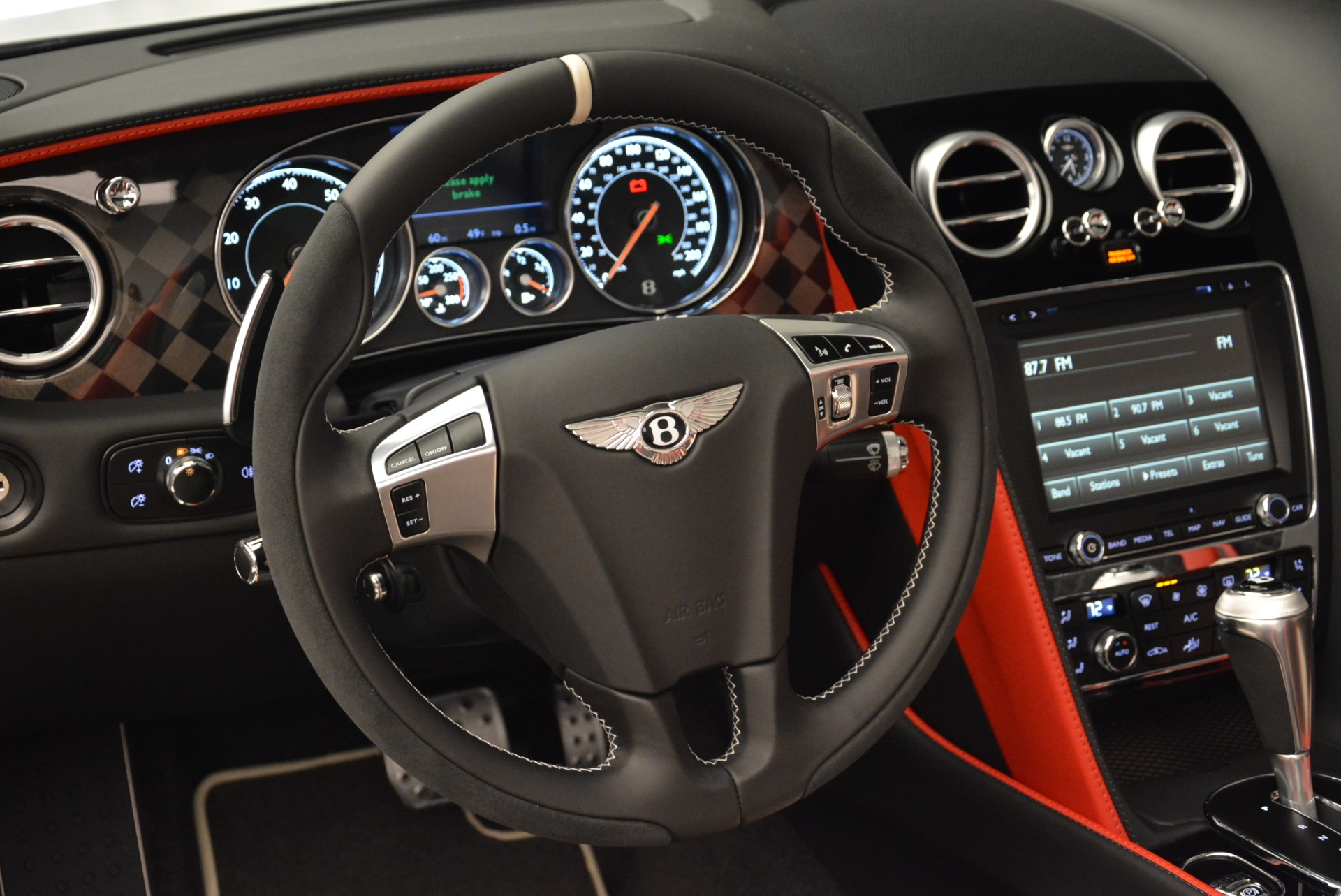 Used 2018 Bentley Continental GT Supersports Convertible For Sale In Greenwich, CT. Alfa Romeo of Greenwich, B1318 1875_p27