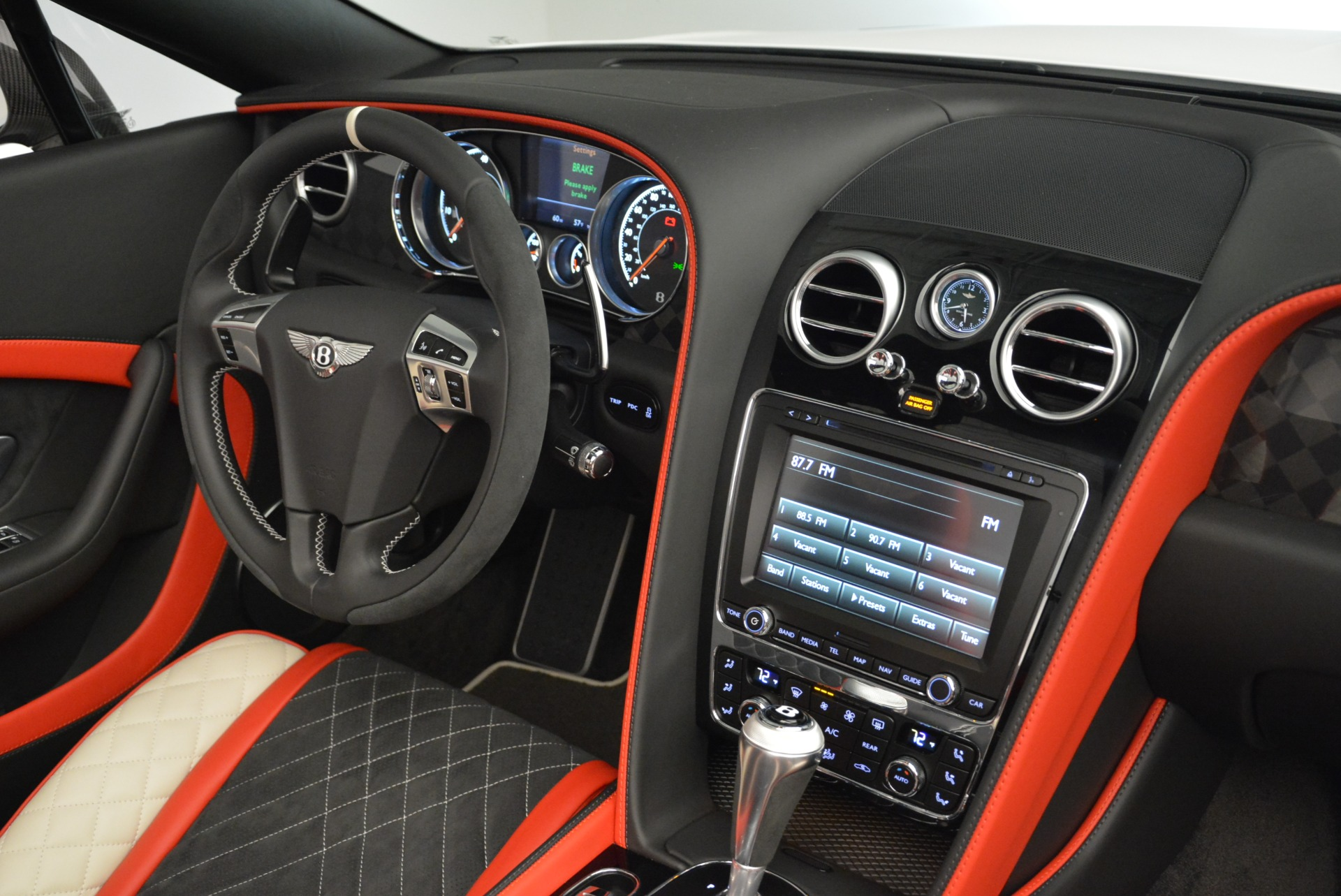 Used 2018 Bentley Continental GT Supersports Convertible For Sale In Greenwich, CT. Alfa Romeo of Greenwich, B1318 1875_p30
