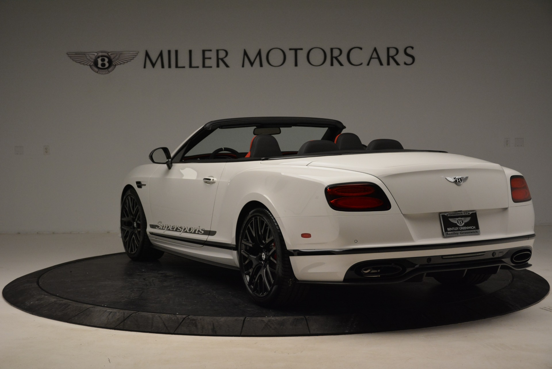 Used 2018 Bentley Continental GT Supersports Convertible For Sale In Greenwich, CT. Alfa Romeo of Greenwich, B1318 1875_p5