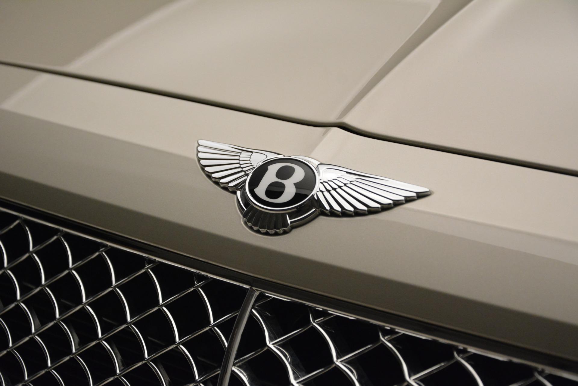 New 2018 Bentley Bentayga Signature For Sale In Greenwich, CT. Alfa Romeo of Greenwich, B1322 1876_p15
