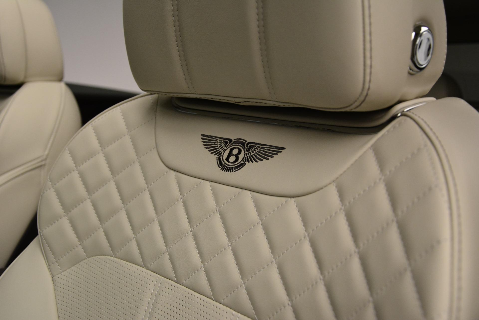 New 2018 Bentley Bentayga Signature For Sale In Greenwich, CT. Alfa Romeo of Greenwich, B1322 1876_p20