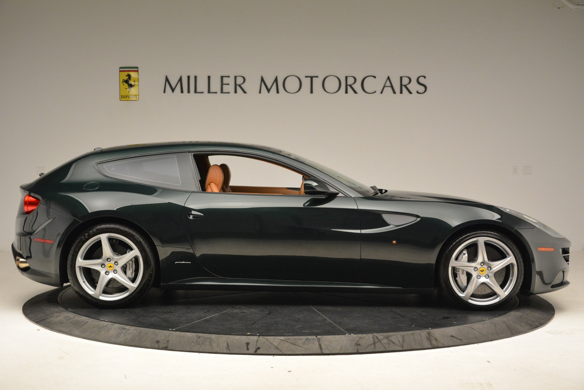 Used 2014 Ferrari FF  For Sale In Greenwich, CT. Alfa Romeo of Greenwich, 4445 1882_p9