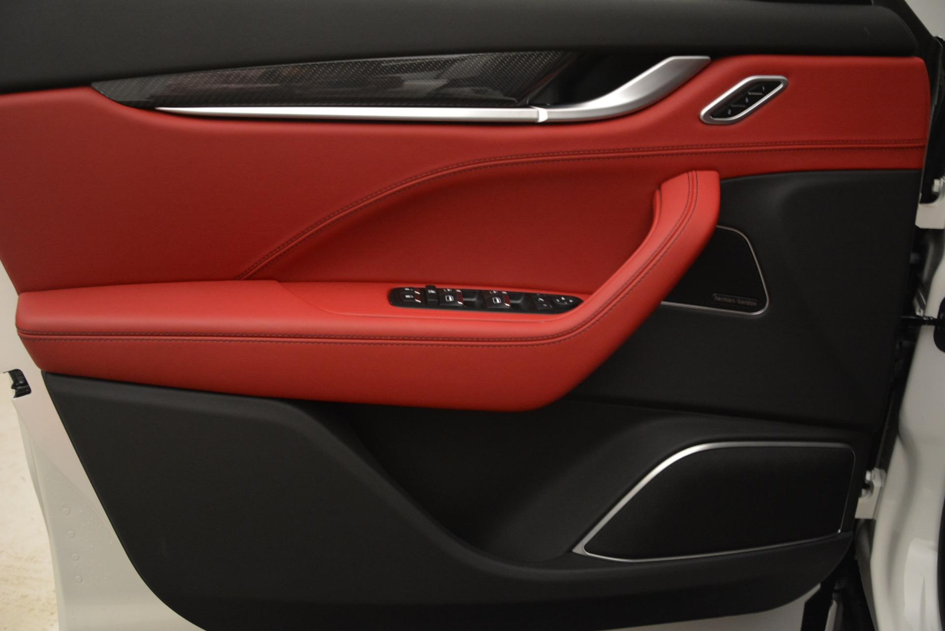 New 2018 Maserati Levante Q4 GranLusso For Sale In Greenwich, CT. Alfa Romeo of Greenwich, W545 1889_p17