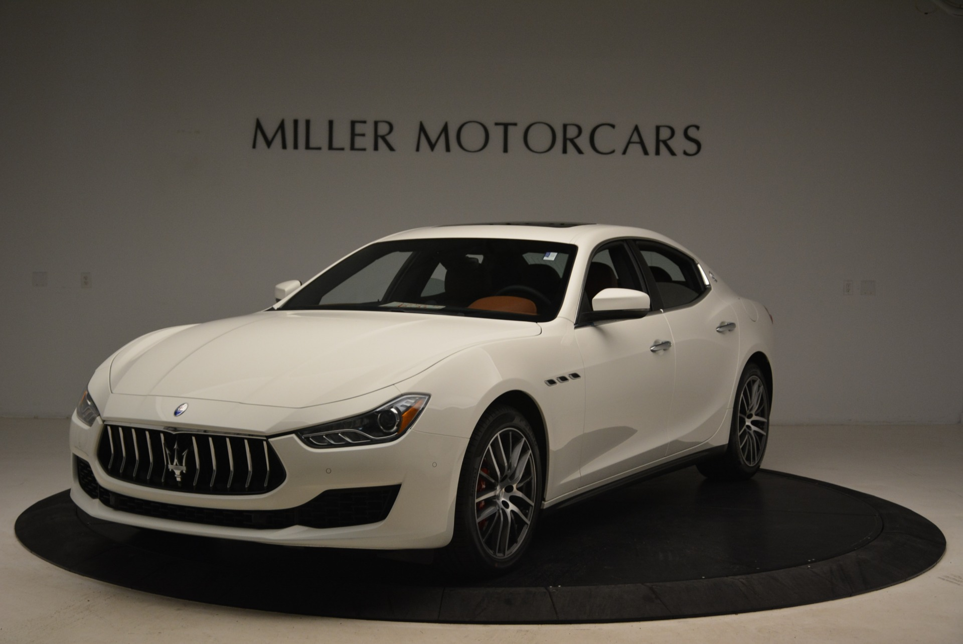 New 2018 Maserati Ghibli S Q4 For Sale In Greenwich, CT. Alfa Romeo of Greenwich, M2003 1892_main