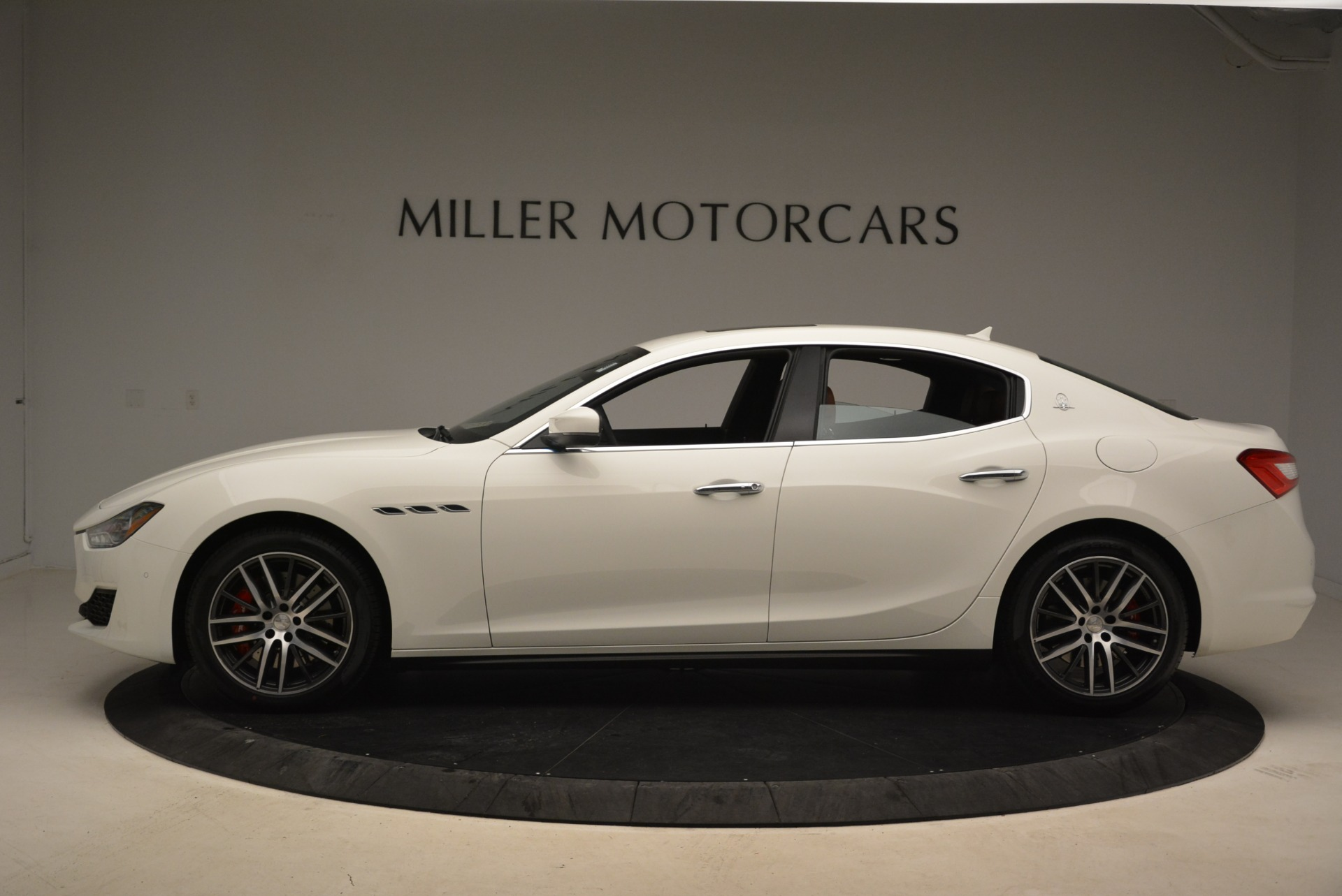 New 2018 Maserati Ghibli S Q4 For Sale In Greenwich, CT. Alfa Romeo of Greenwich, M2003 1892_p3