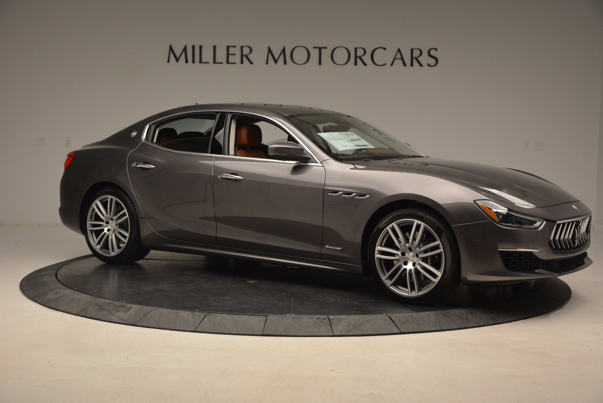 New 2018 Maserati Ghibli S Q4 GranLusso For Sale In Greenwich, CT. Alfa Romeo of Greenwich, M2005 1896_p10