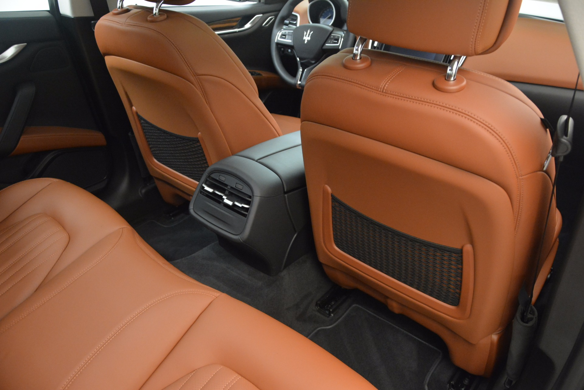 New 2018 Maserati Ghibli S Q4 GranLusso For Sale In Greenwich, CT. Alfa Romeo of Greenwich, M2005 1896_p16