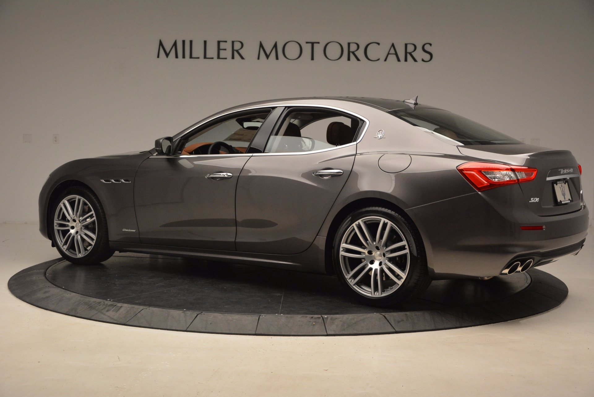 New 2018 Maserati Ghibli S Q4 GranLusso For Sale In Greenwich, CT. Alfa Romeo of Greenwich, M2005 1896_p4