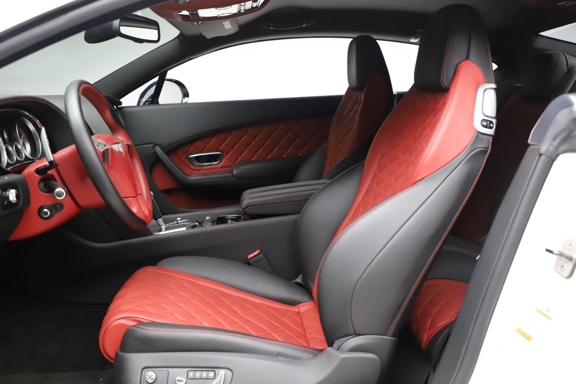 New 2016 Bentley Continental GT V8 S  For Sale In Greenwich, CT. Alfa Romeo of Greenwich, B1148 19_p18