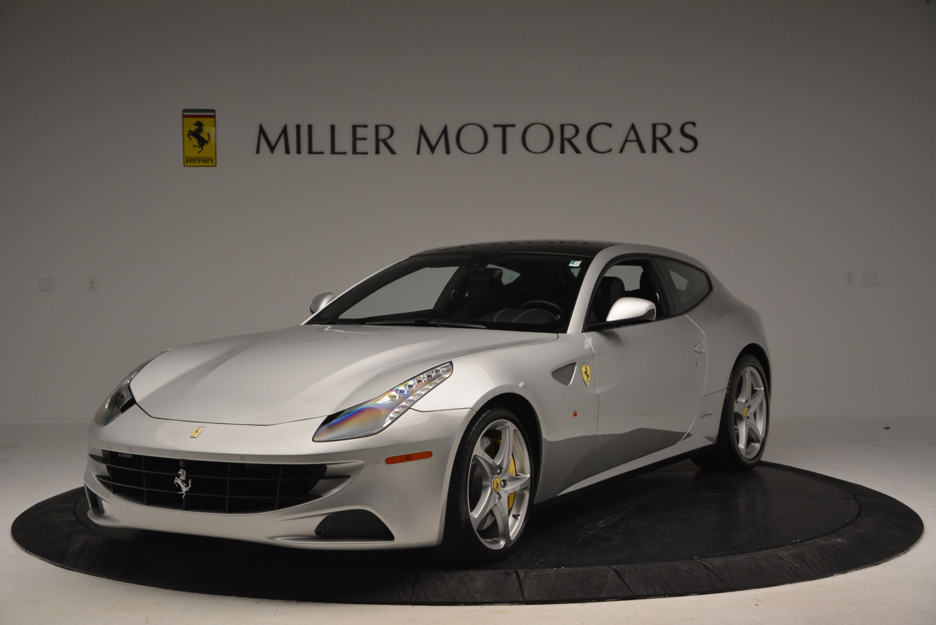 Used 2012 Ferrari FF  For Sale In Greenwich, CT. Alfa Romeo of Greenwich, 4448 1902_main