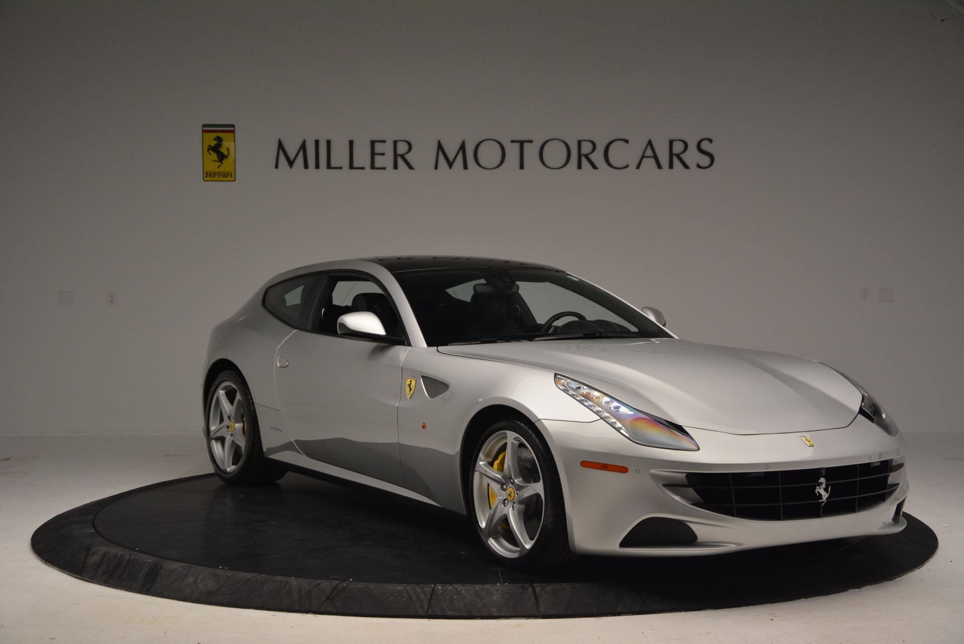 Used 2012 Ferrari FF  For Sale In Greenwich, CT. Alfa Romeo of Greenwich, 4448 1902_p10