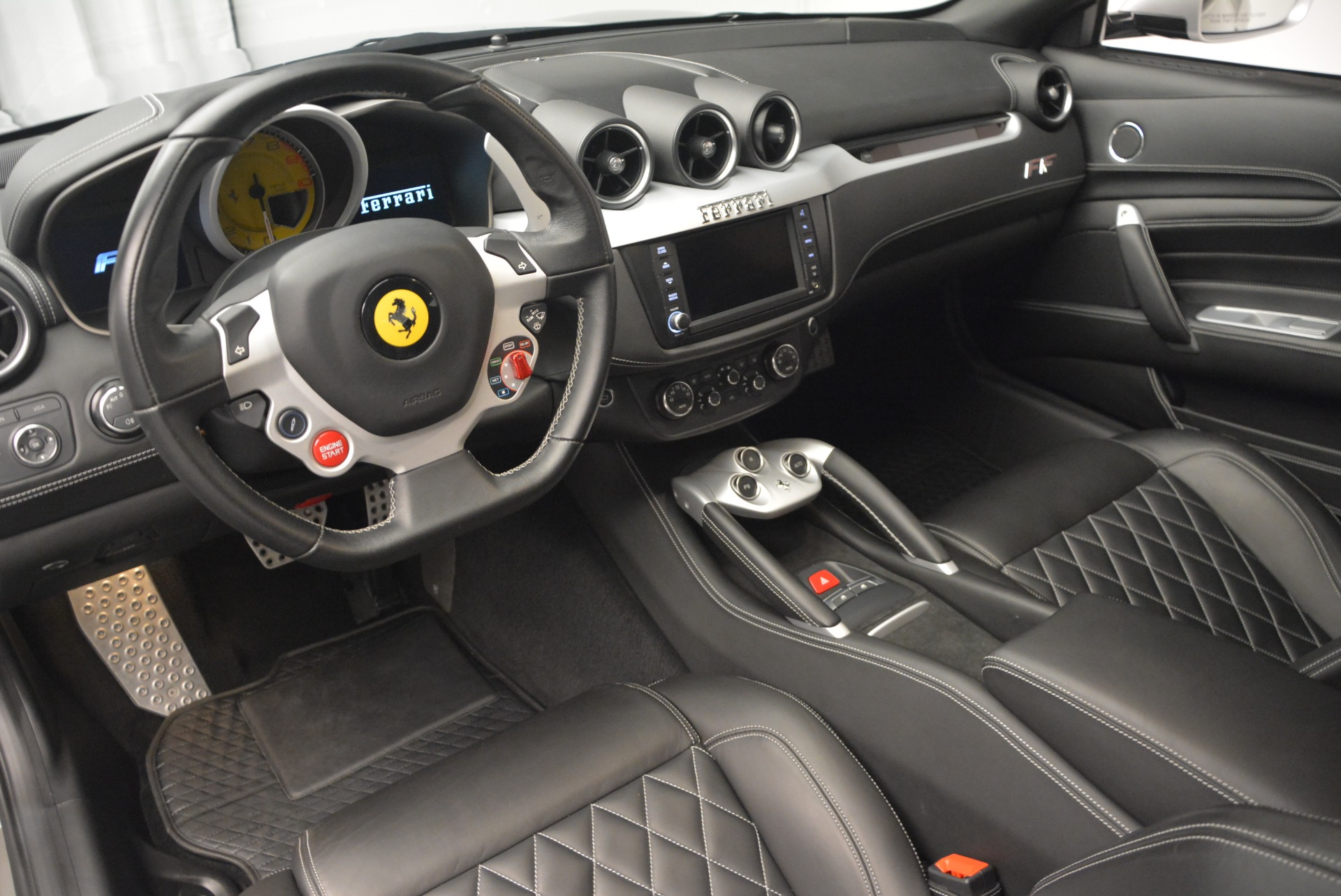 Used 2012 Ferrari FF  For Sale In Greenwich, CT. Alfa Romeo of Greenwich, 4448 1902_p12