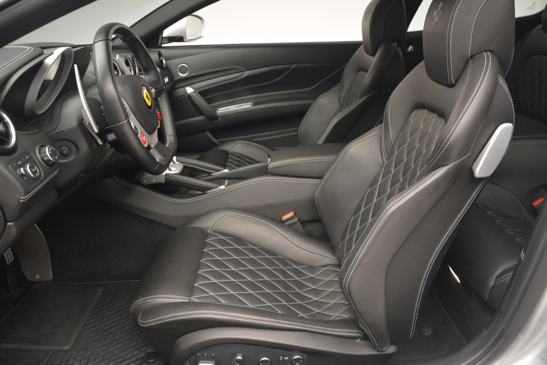 Used 2012 Ferrari FF  For Sale In Greenwich, CT. Alfa Romeo of Greenwich, 4448 1902_p13
