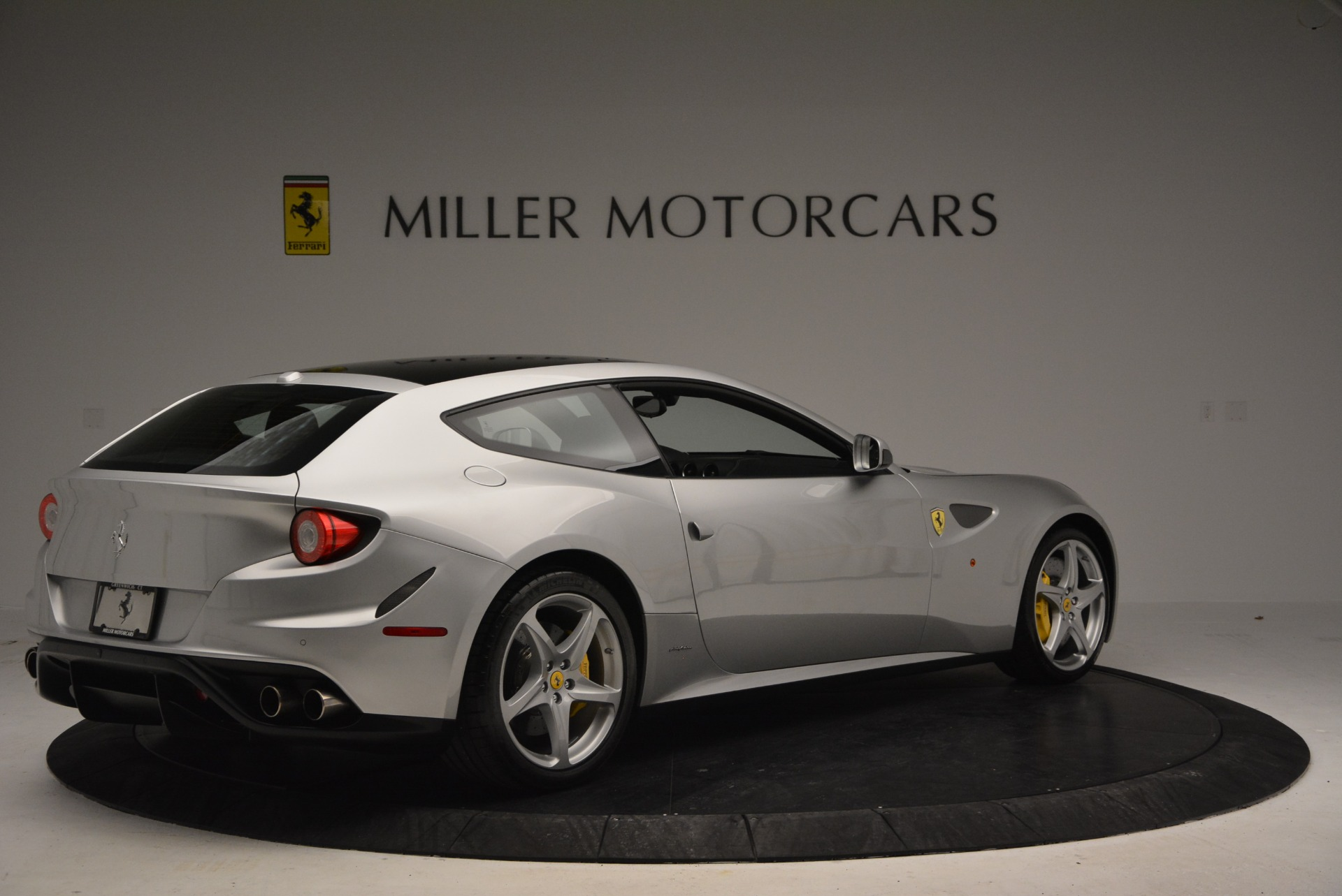 Used 2012 Ferrari FF  For Sale In Greenwich, CT. Alfa Romeo of Greenwich, 4448 1902_p7