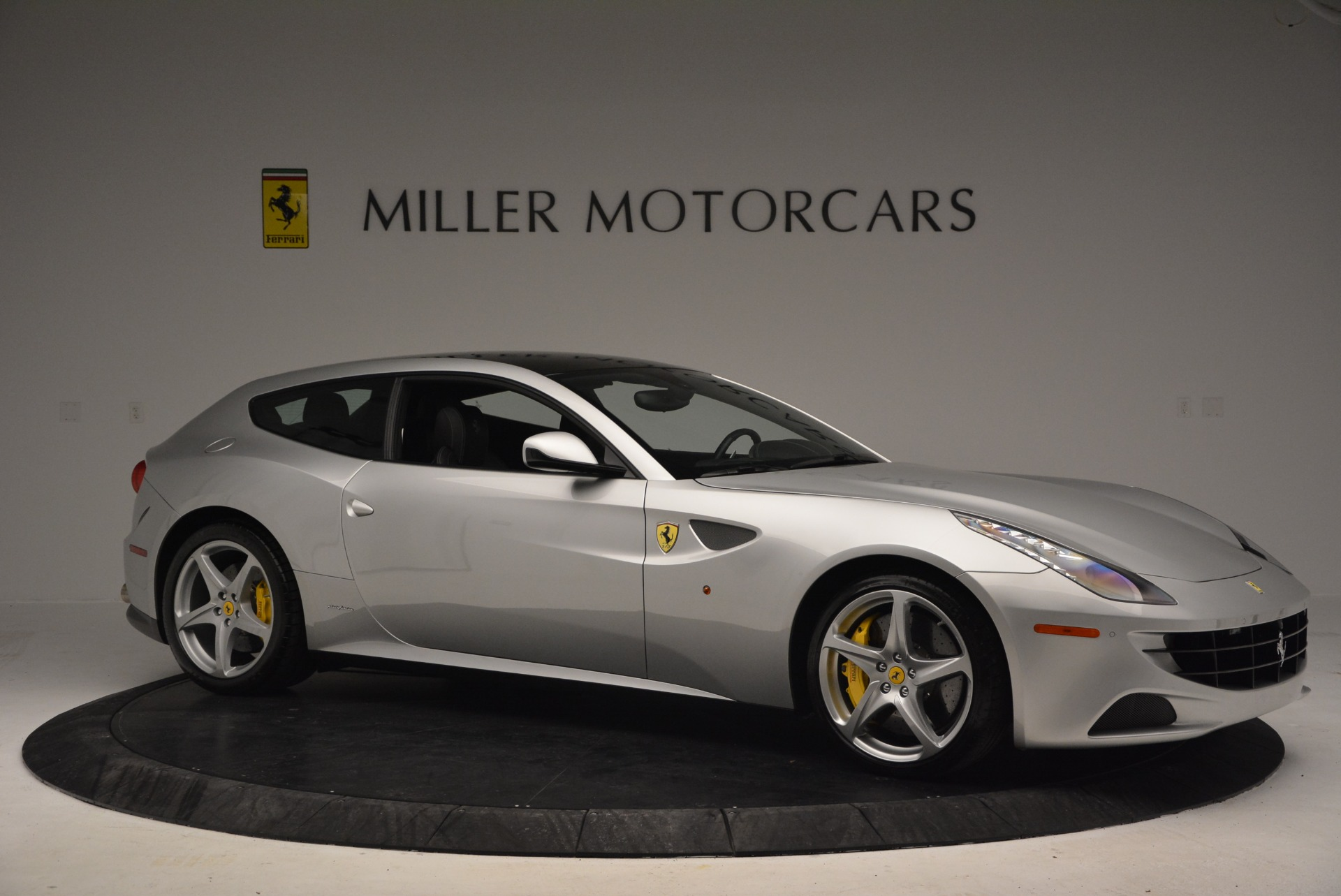 Used 2012 Ferrari FF  For Sale In Greenwich, CT. Alfa Romeo of Greenwich, 4448 1902_p9