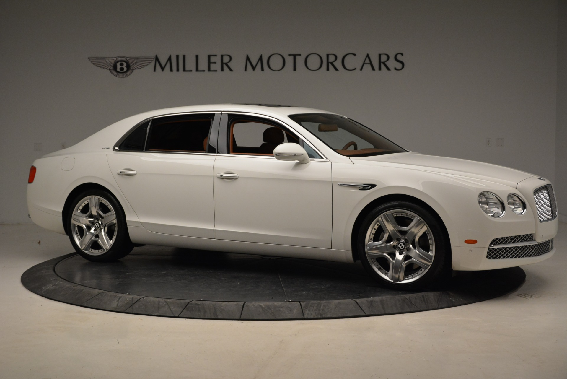 Used 2014 Bentley Flying Spur W12 For Sale In Greenwich, CT. Alfa Romeo of Greenwich, B1244A 1906_p10