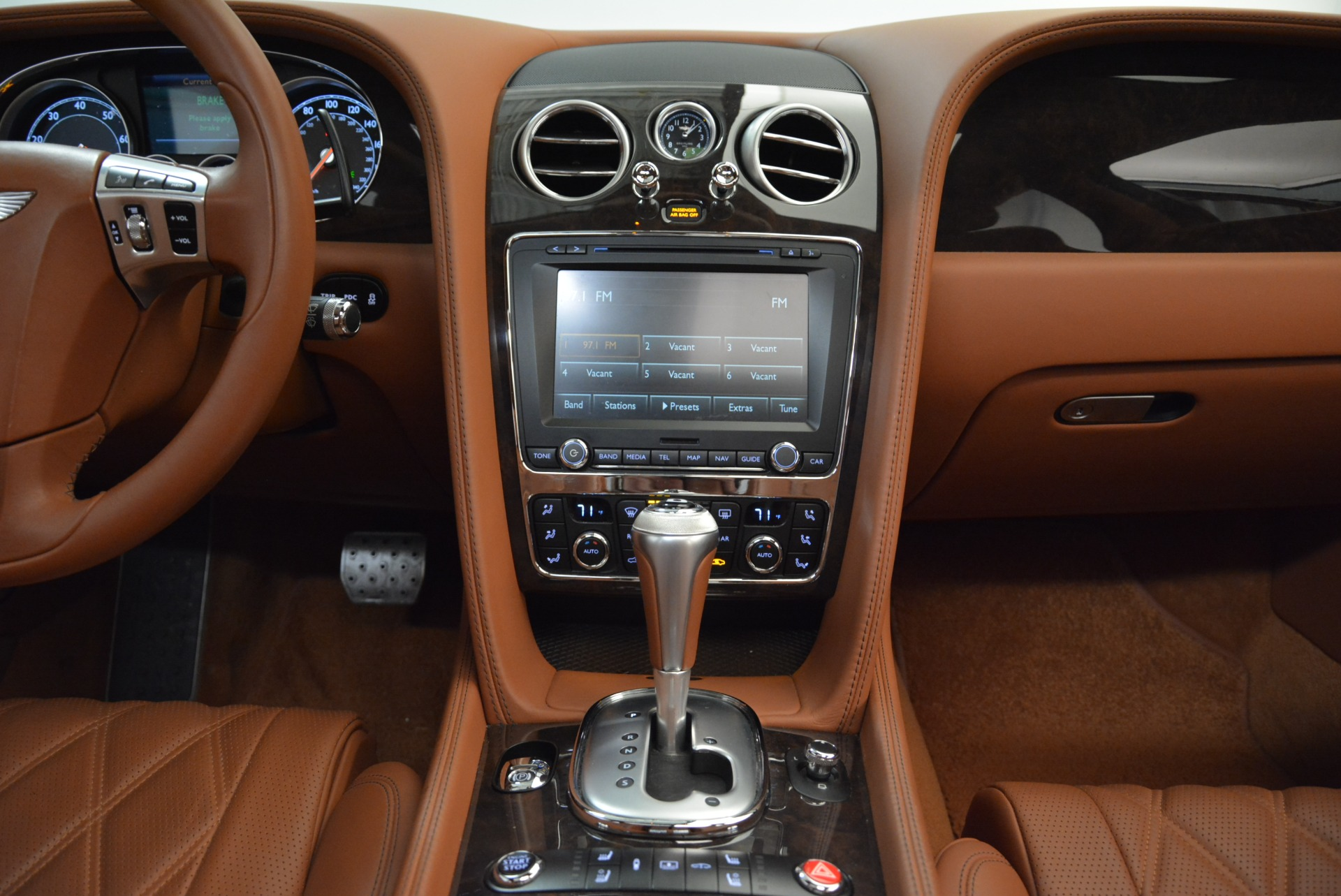 Used 2014 Bentley Flying Spur W12 For Sale In Greenwich, CT. Alfa Romeo of Greenwich, B1244A 1906_p42