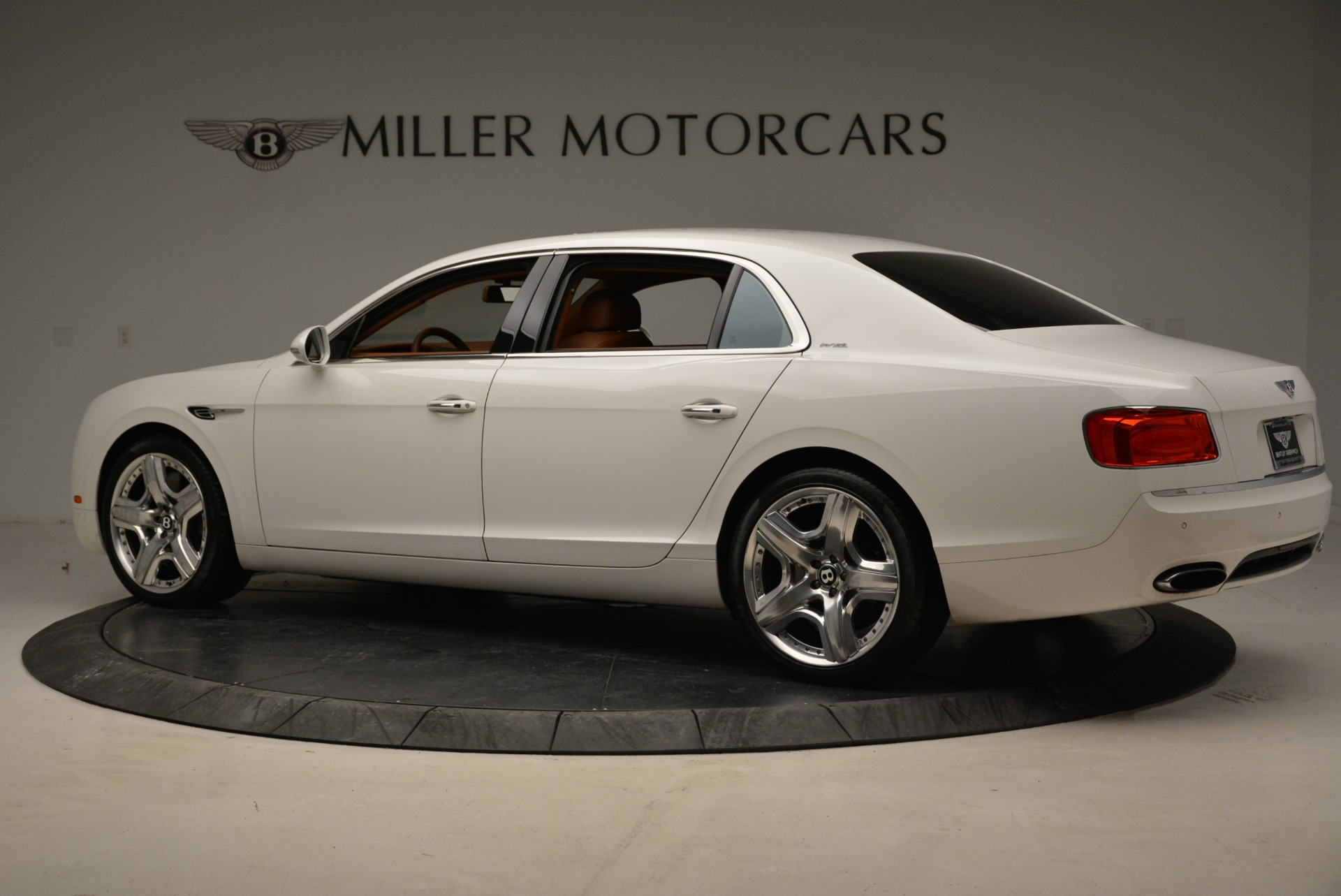 Used 2014 Bentley Flying Spur W12 For Sale In Greenwich, CT. Alfa Romeo of Greenwich, B1244A 1906_p4