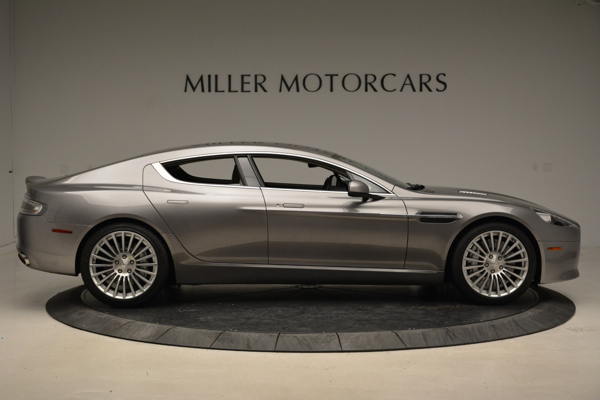 Used 2014 Aston Martin Rapide S  For Sale In Greenwich, CT. Alfa Romeo of Greenwich, 7245A 1910_p9