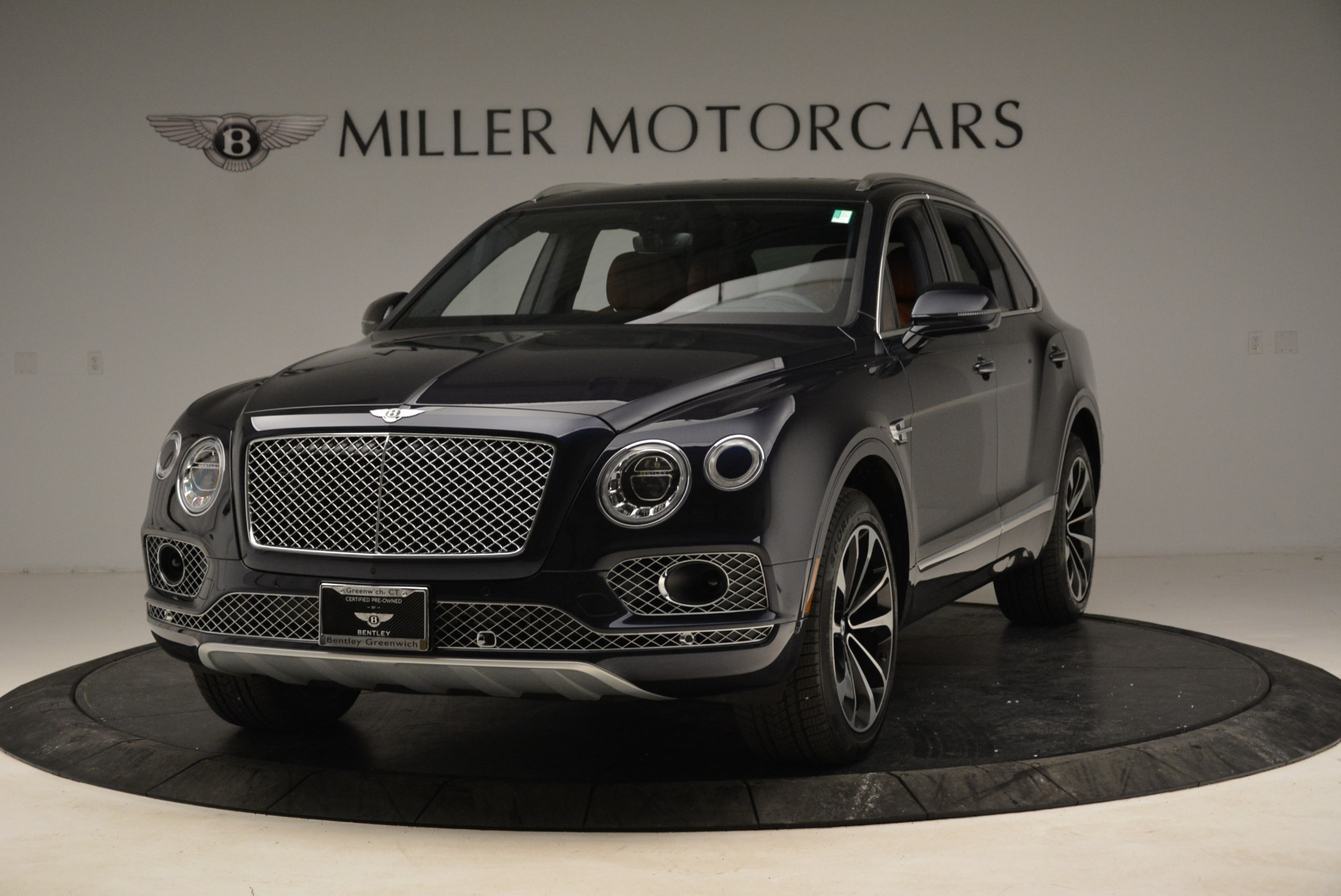 Used 2017 Bentley Bentayga W12 For Sale In Greenwich, CT. Alfa Romeo of Greenwich, A1223A 1913_main