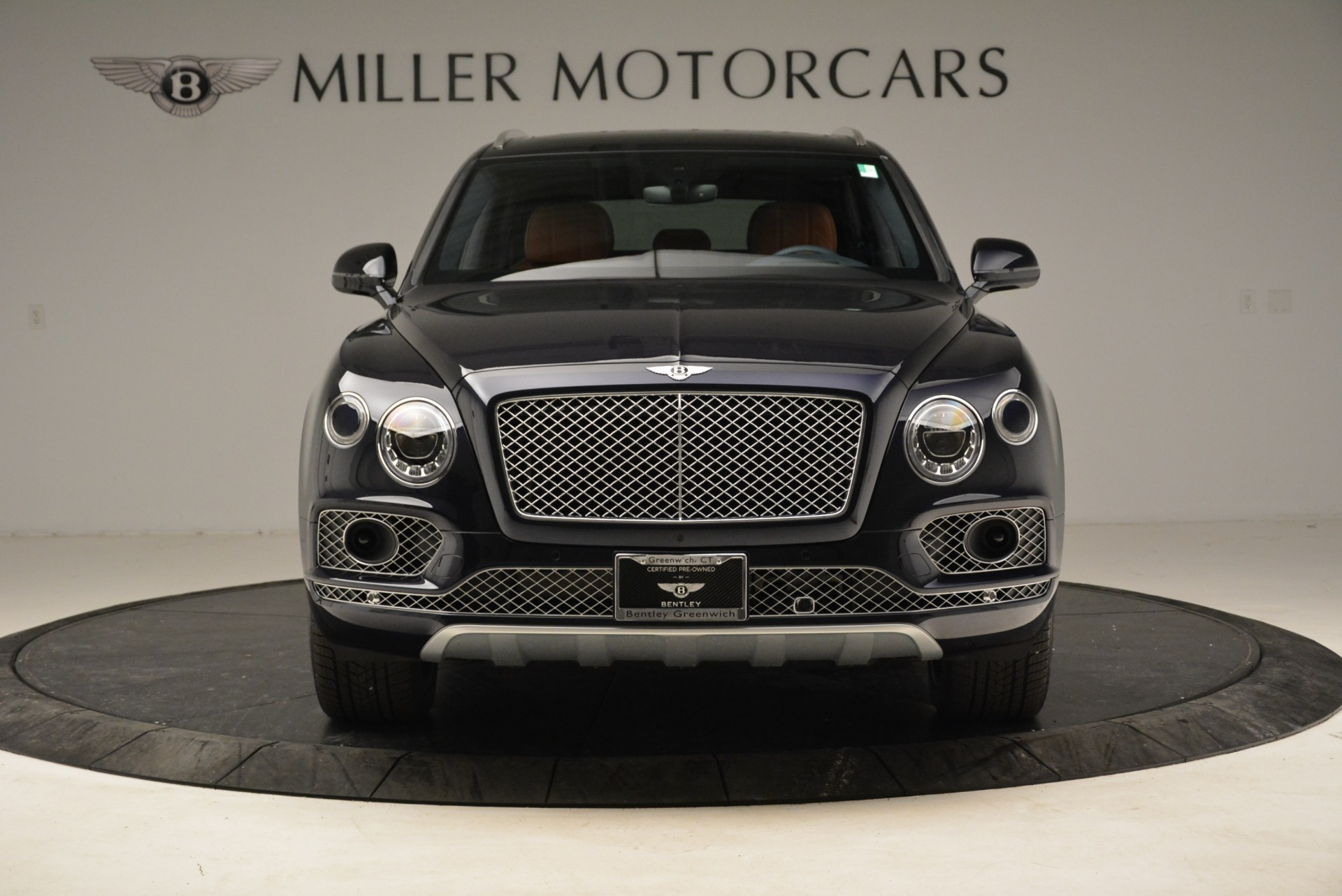 Used 2017 Bentley Bentayga W12 For Sale In Greenwich, CT. Alfa Romeo of Greenwich, A1223A 1913_p12