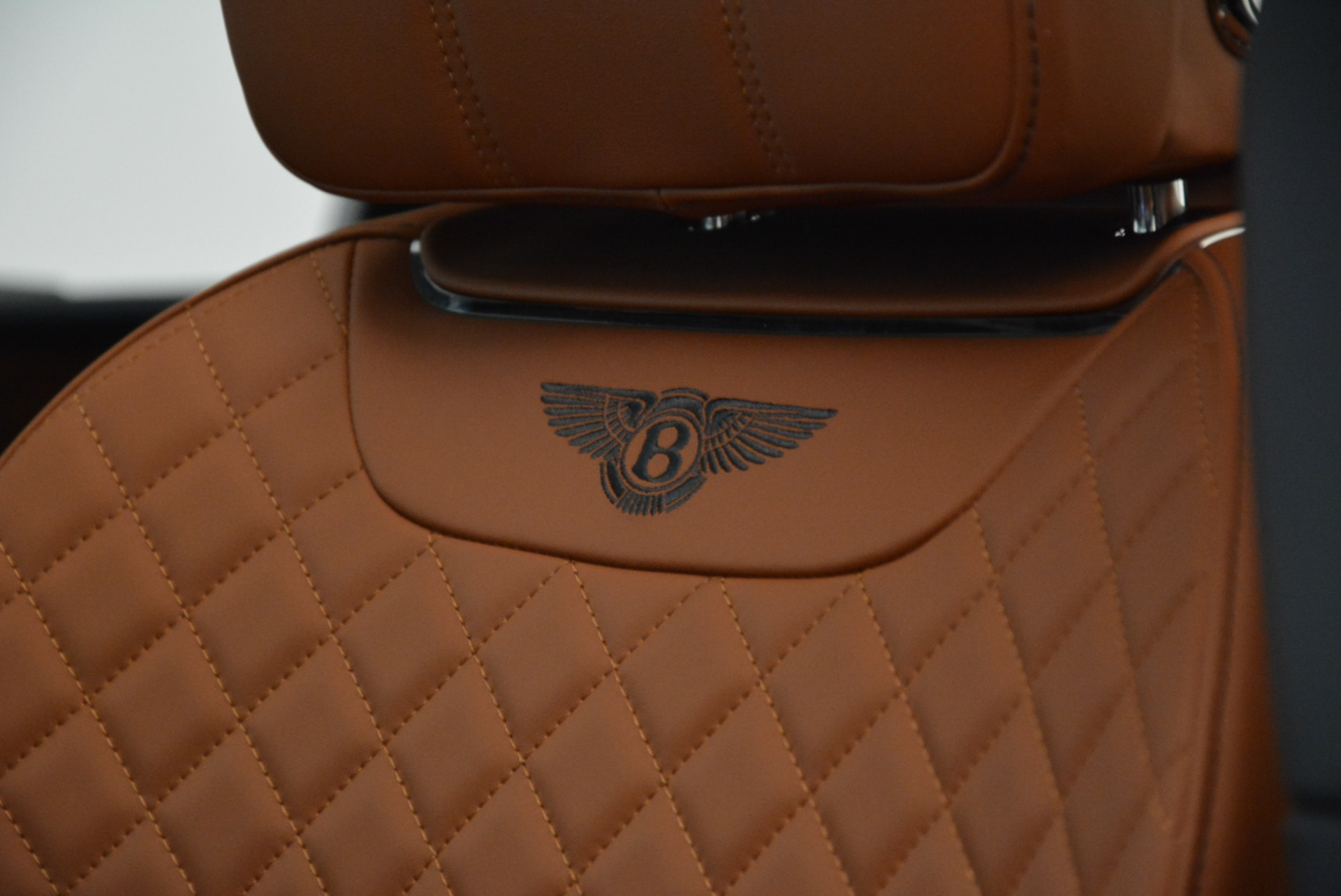Used 2017 Bentley Bentayga W12 For Sale In Greenwich, CT. Alfa Romeo of Greenwich, A1223A 1913_p18