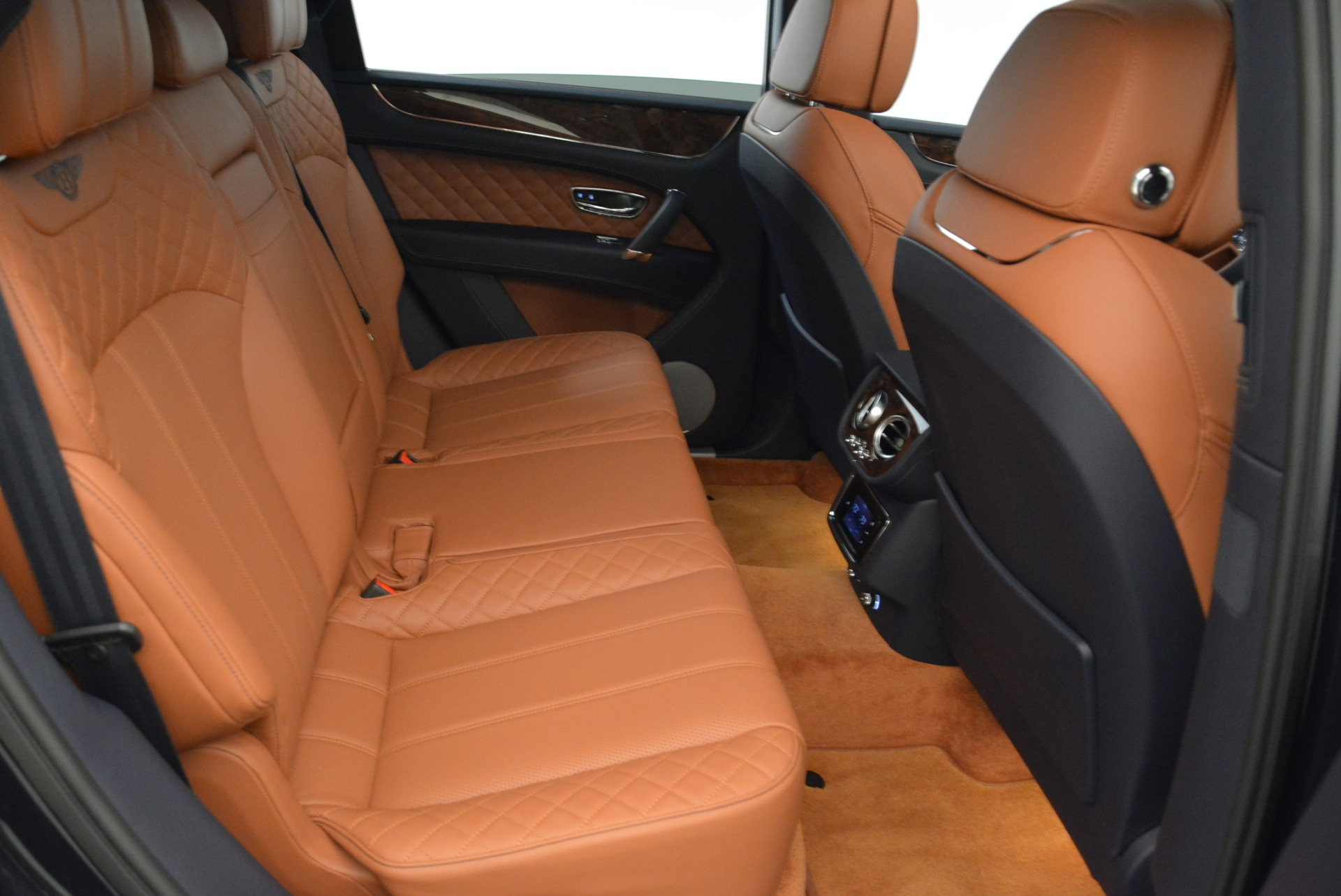 Used 2017 Bentley Bentayga W12 For Sale In Greenwich, CT. Alfa Romeo of Greenwich, A1223A 1913_p25