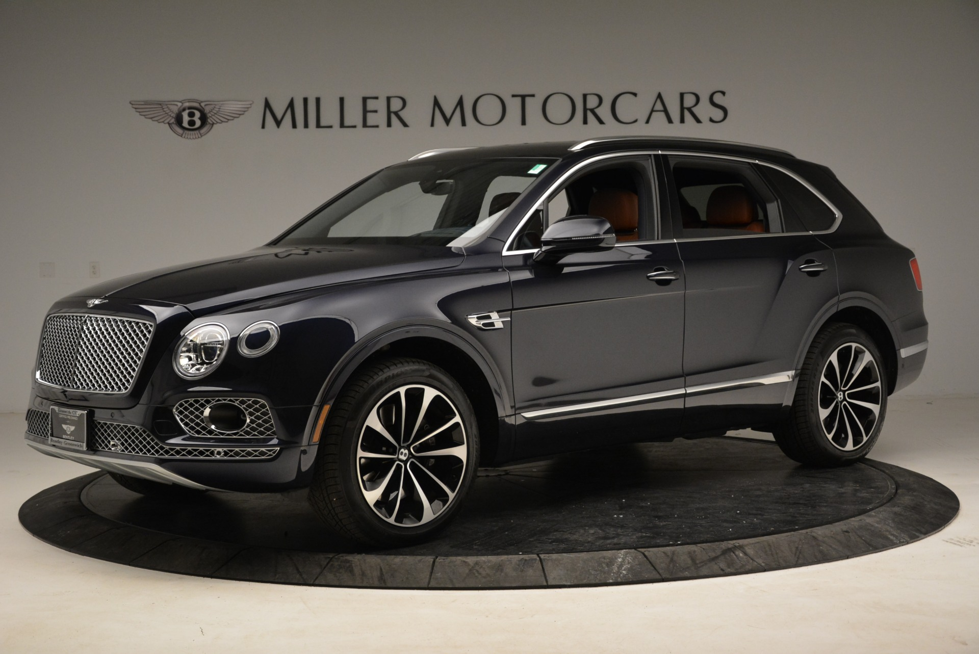 Used 2017 Bentley Bentayga W12 For Sale In Greenwich, CT. Alfa Romeo of Greenwich, A1223A 1913_p2
