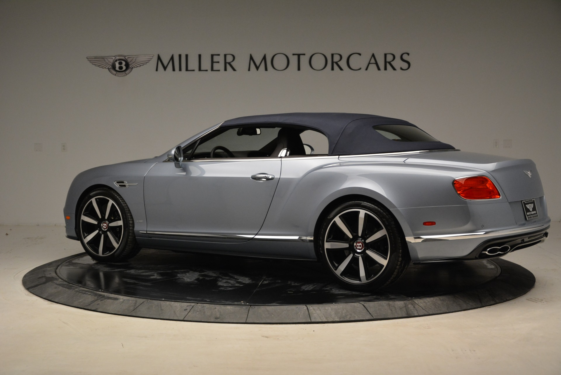 Used 2017 Bentley Continental GT V8 S For Sale In Greenwich, CT. Alfa Romeo of Greenwich, B1329 1915_p17
