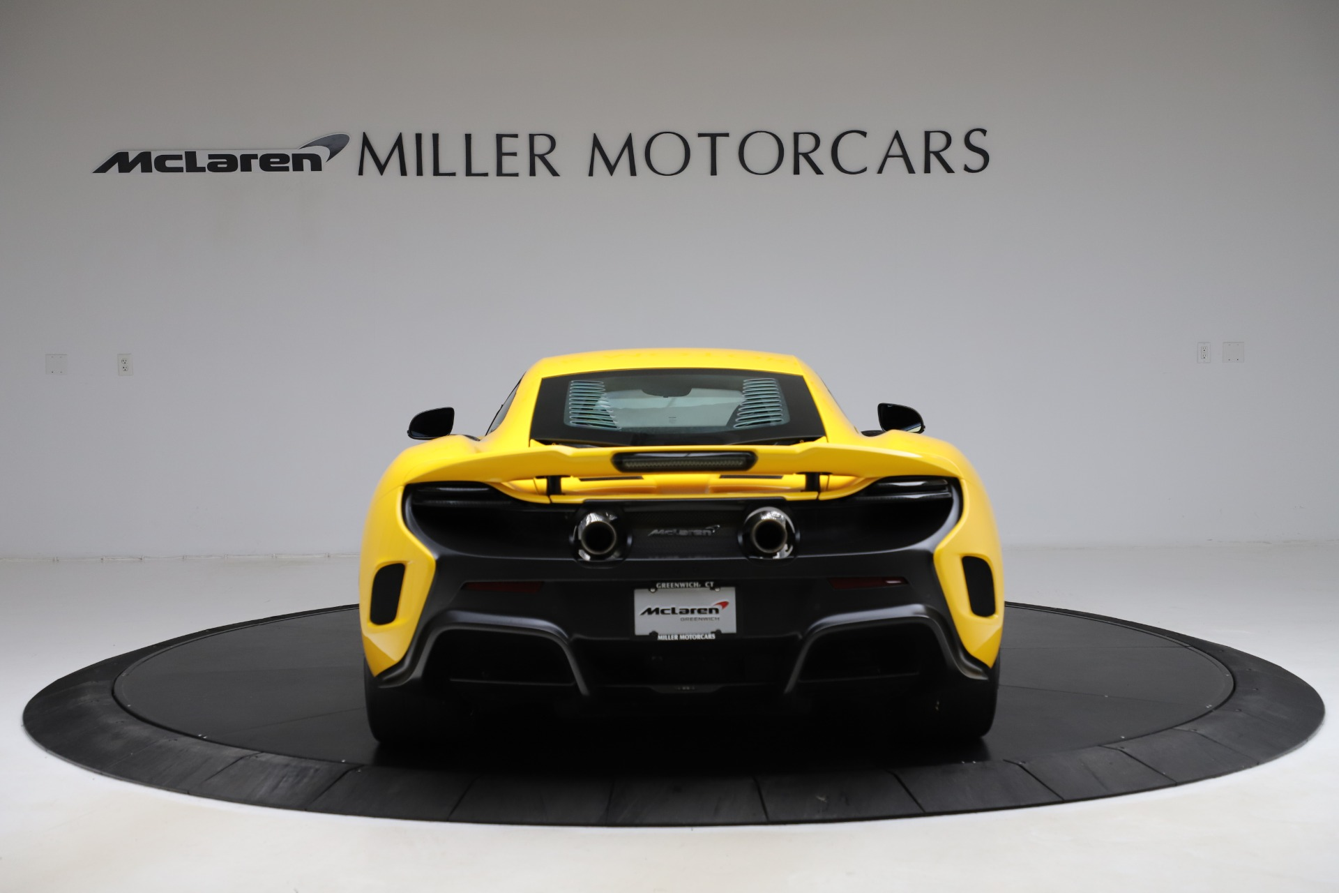 Used 2016 McLaren 675LT Coupe For Sale In Greenwich, CT. Alfa Romeo of Greenwich, MC327A 1916_p5
