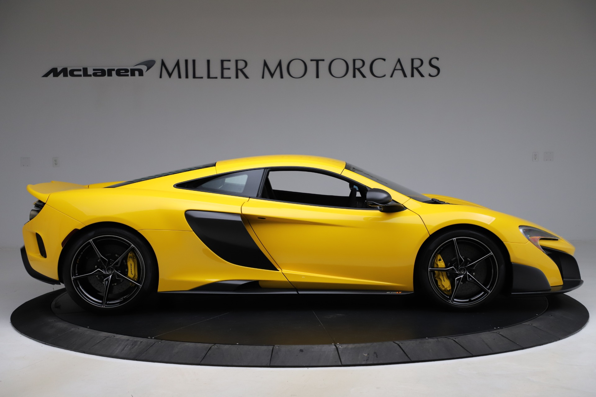 Used 2016 McLaren 675LT Coupe For Sale In Greenwich, CT. Alfa Romeo of Greenwich, MC327A 1916_p8