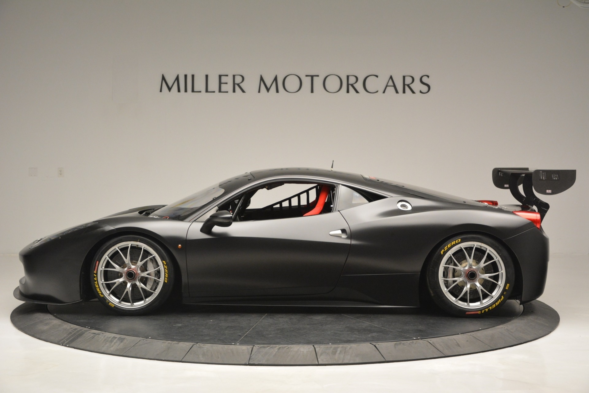 Used 2013 Ferrari 458 Challenge  For Sale In Greenwich, CT. Alfa Romeo of Greenwich, 4365 1921_p3