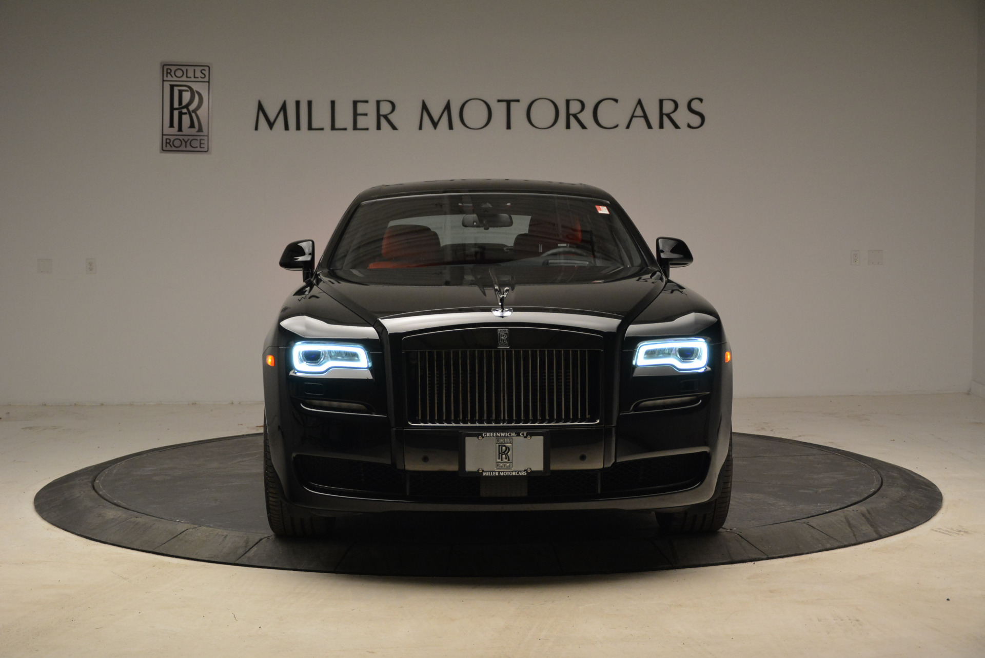 Used 2017 Rolls-Royce Ghost Black Badge For Sale In Greenwich, CT. Alfa Romeo of Greenwich, R450 1959_p12