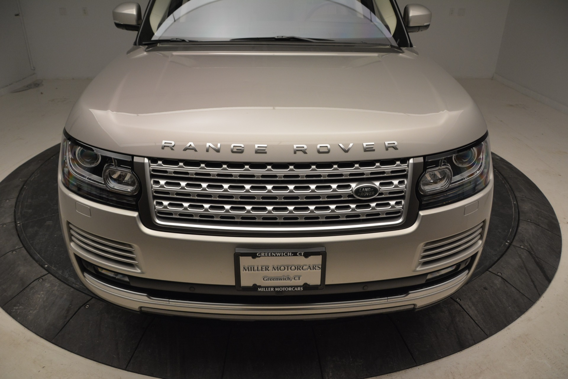 Used 2016 Land Rover Range Rover HSE For Sale In Greenwich, CT. Alfa Romeo of Greenwich, 7314 1962_p13