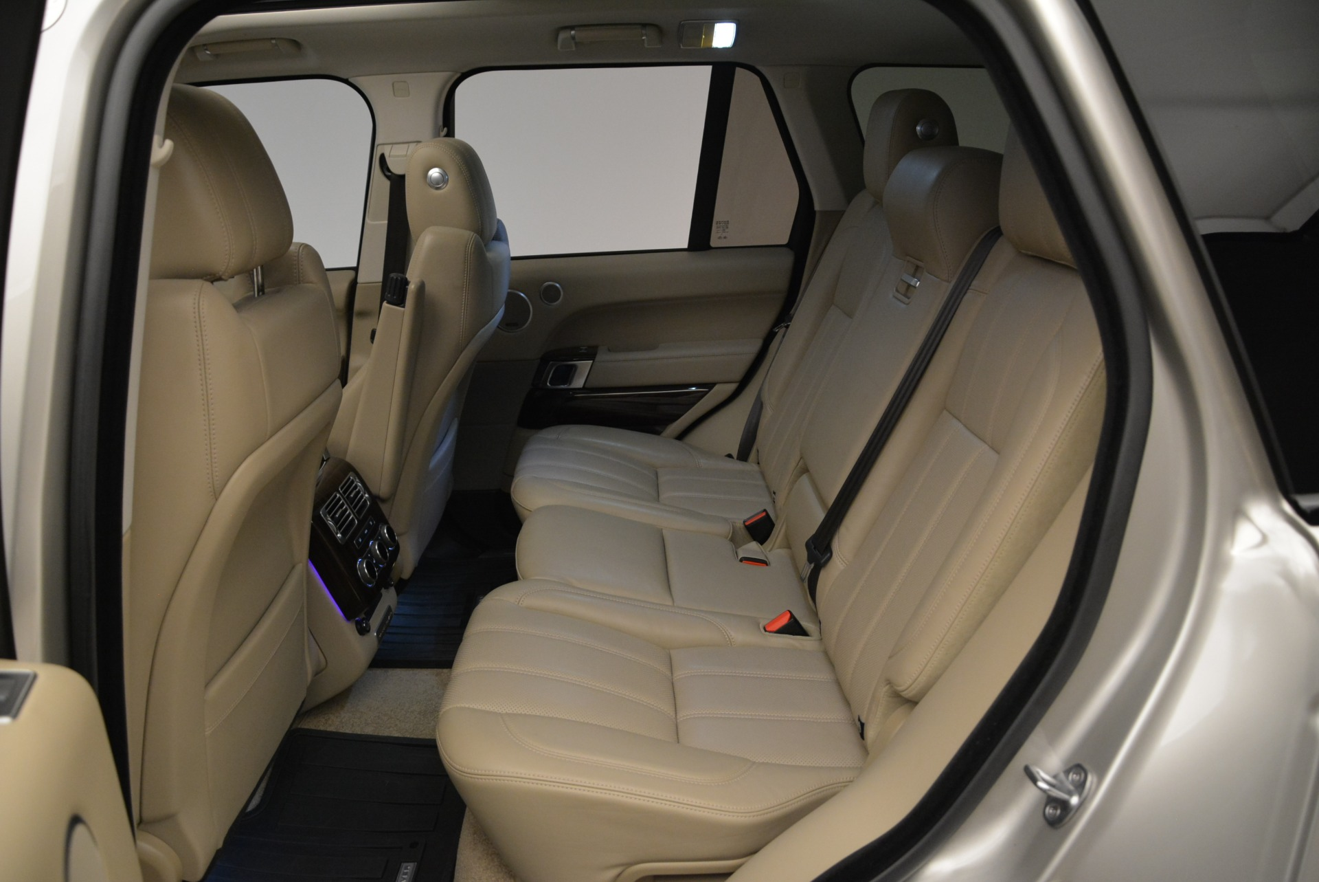 Used 2016 Land Rover Range Rover HSE For Sale In Greenwich, CT. Alfa Romeo of Greenwich, 7314 1962_p24