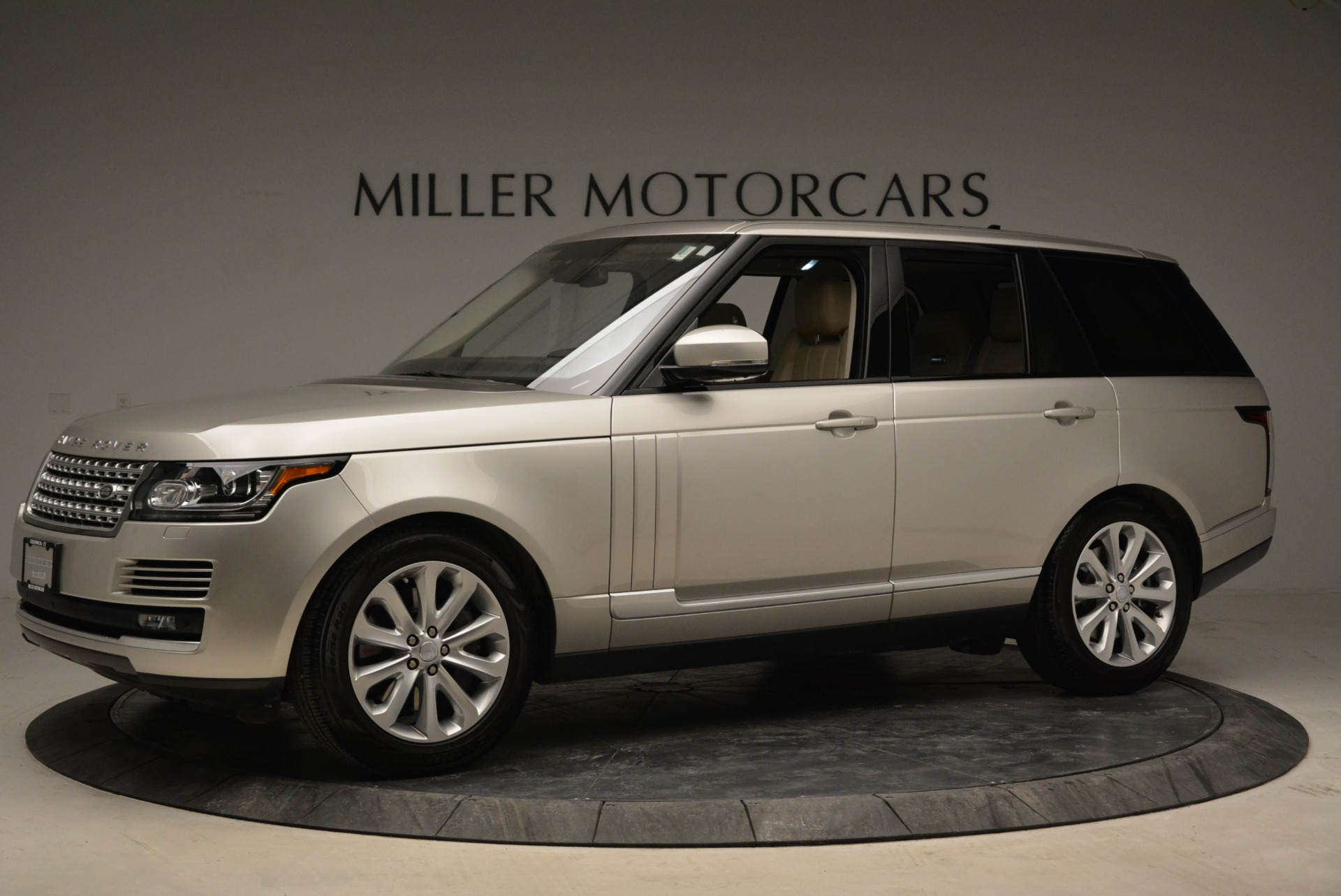 Used 2016 Land Rover Range Rover HSE For Sale In Greenwich, CT. Alfa Romeo of Greenwich, 7314 1962_p2