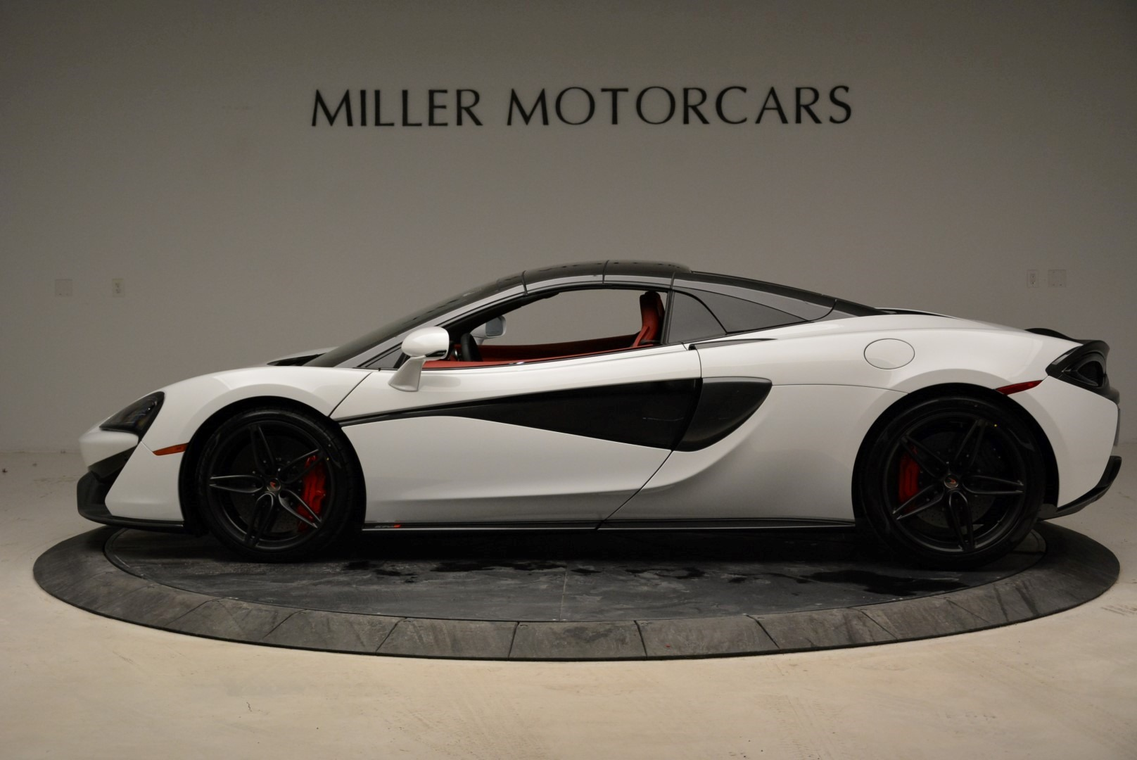New 2018 McLaren 570S Spider For Sale In Greenwich, CT. Alfa Romeo of Greenwich, MC330 1969_p16