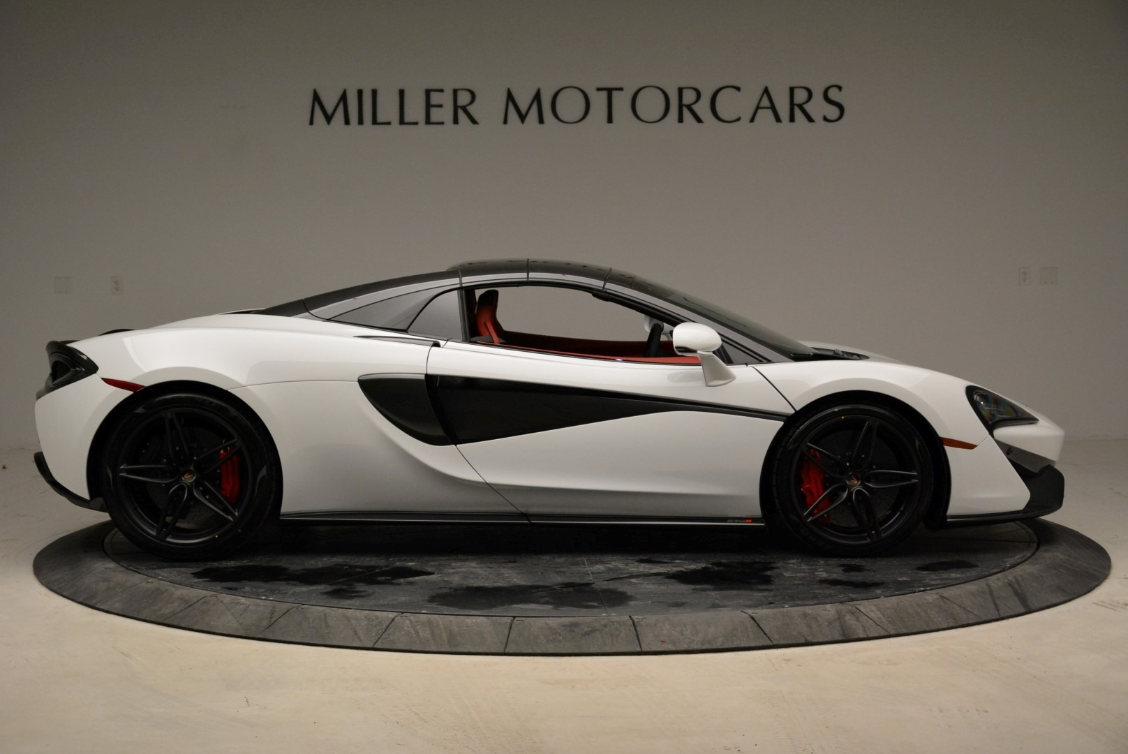 New 2018 McLaren 570S Spider For Sale In Greenwich, CT. Alfa Romeo of Greenwich, MC330 1969_p20