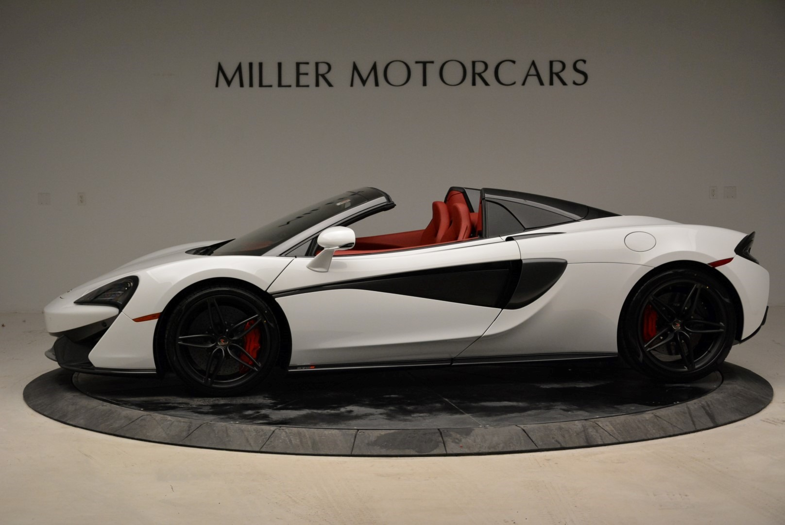New 2018 McLaren 570S Spider For Sale In Greenwich, CT. Alfa Romeo of Greenwich, MC330 1969_p3