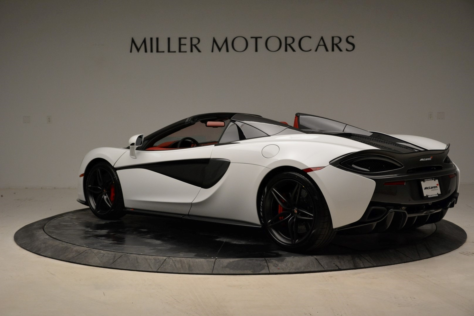 New 2018 McLaren 570S Spider For Sale In Greenwich, CT. Alfa Romeo of Greenwich, MC330 1969_p4