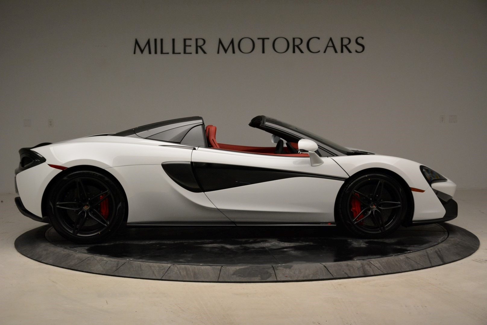 New 2018 McLaren 570S Spider For Sale In Greenwich, CT. Alfa Romeo of Greenwich, MC330 1969_p9