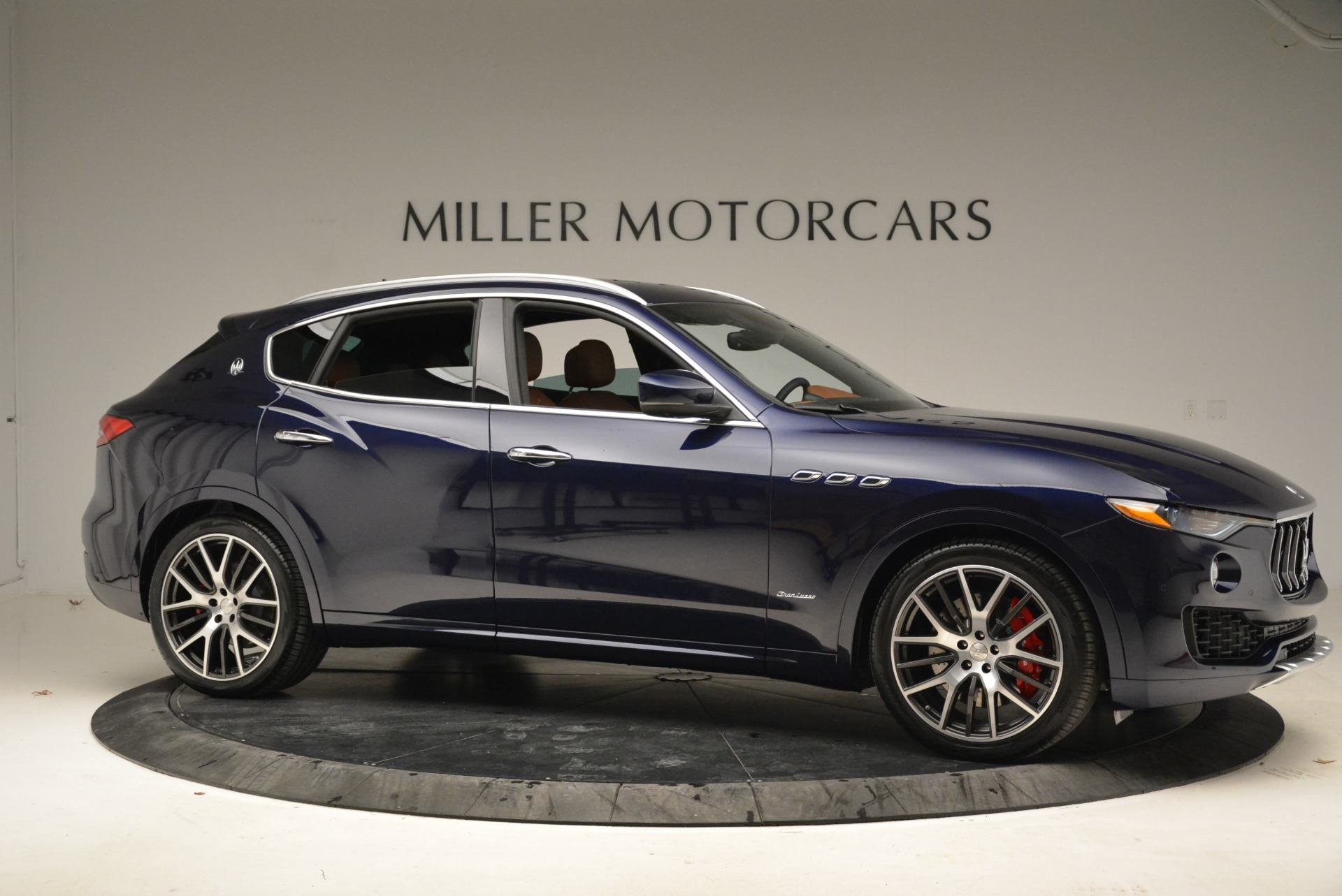 New 2018 Maserati Levante S Q4 GranLusso For Sale In Greenwich, CT. Alfa Romeo of Greenwich, M2039 1971_p11