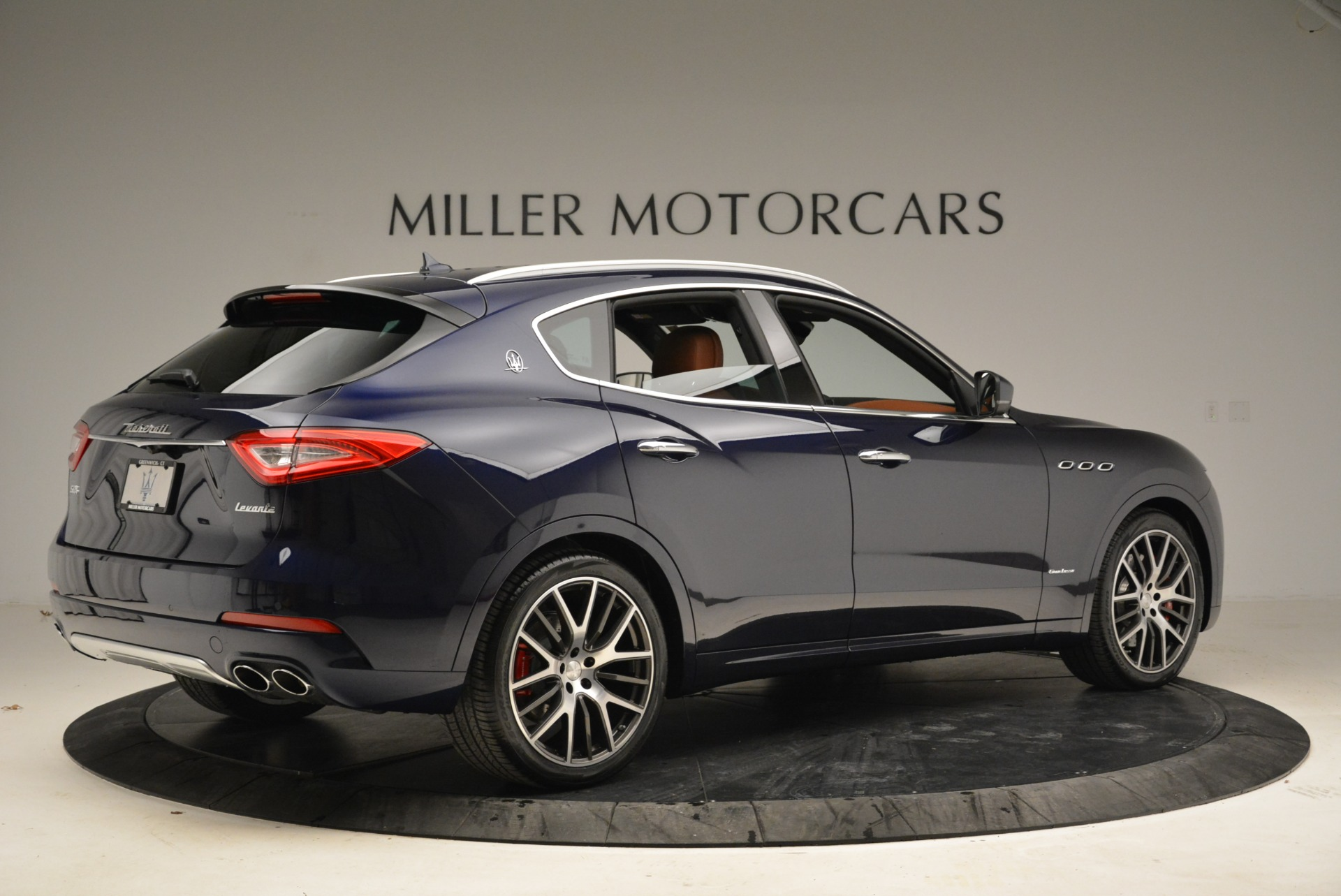 New 2018 Maserati Levante S Q4 GranLusso For Sale In Greenwich, CT. Alfa Romeo of Greenwich, M2039 1971_p9